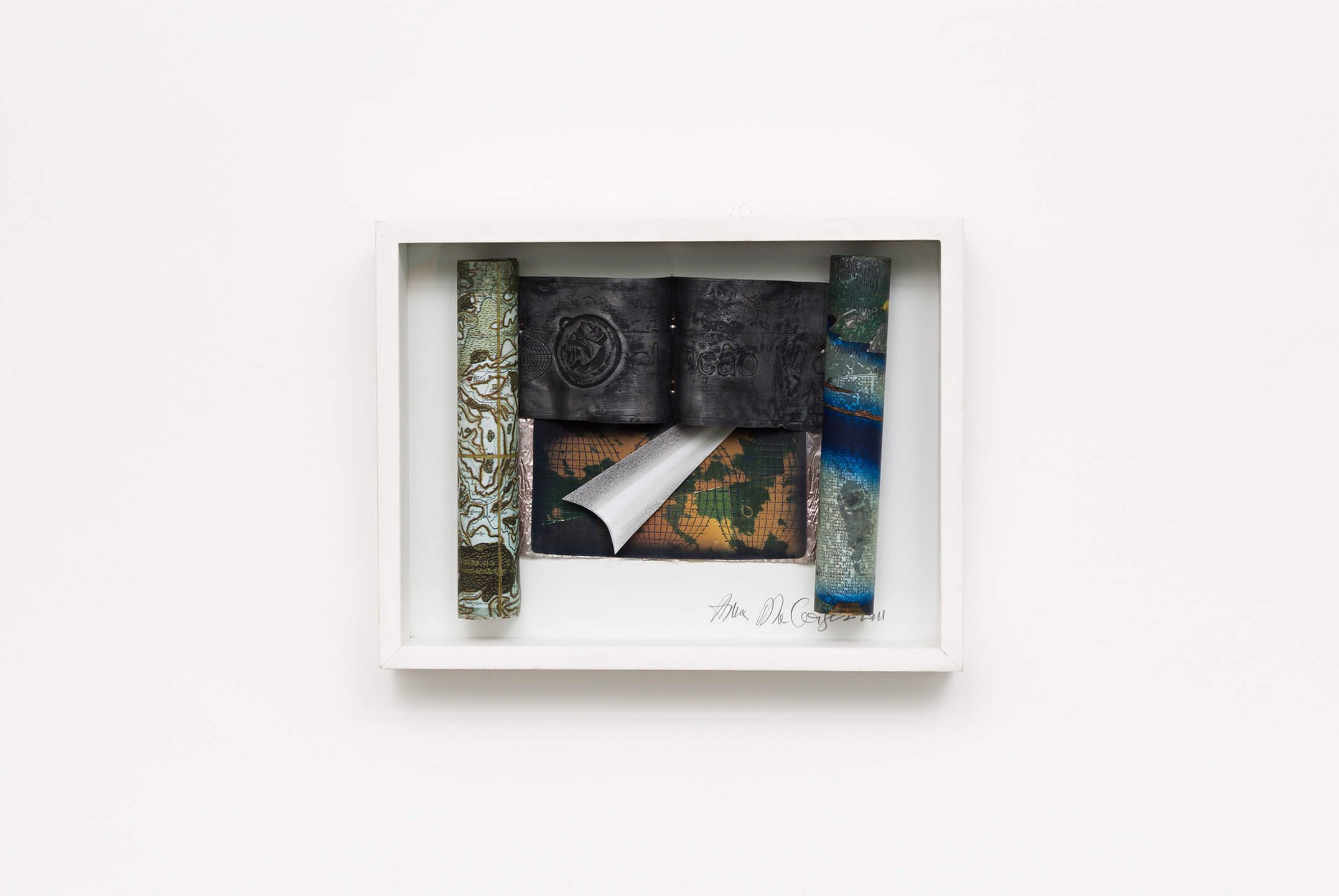 Anna Bella Geiger, <em>Rrolo-Scroll com recorte branco</em>, 2012, maps of a region of France, world map with camouflage, typewriter text on Hiroshige engraving, maps on lead sheets and metal, graphite drawing on paper, color pencil, 30 × 39 × 6 cm - Mendes Wood DM