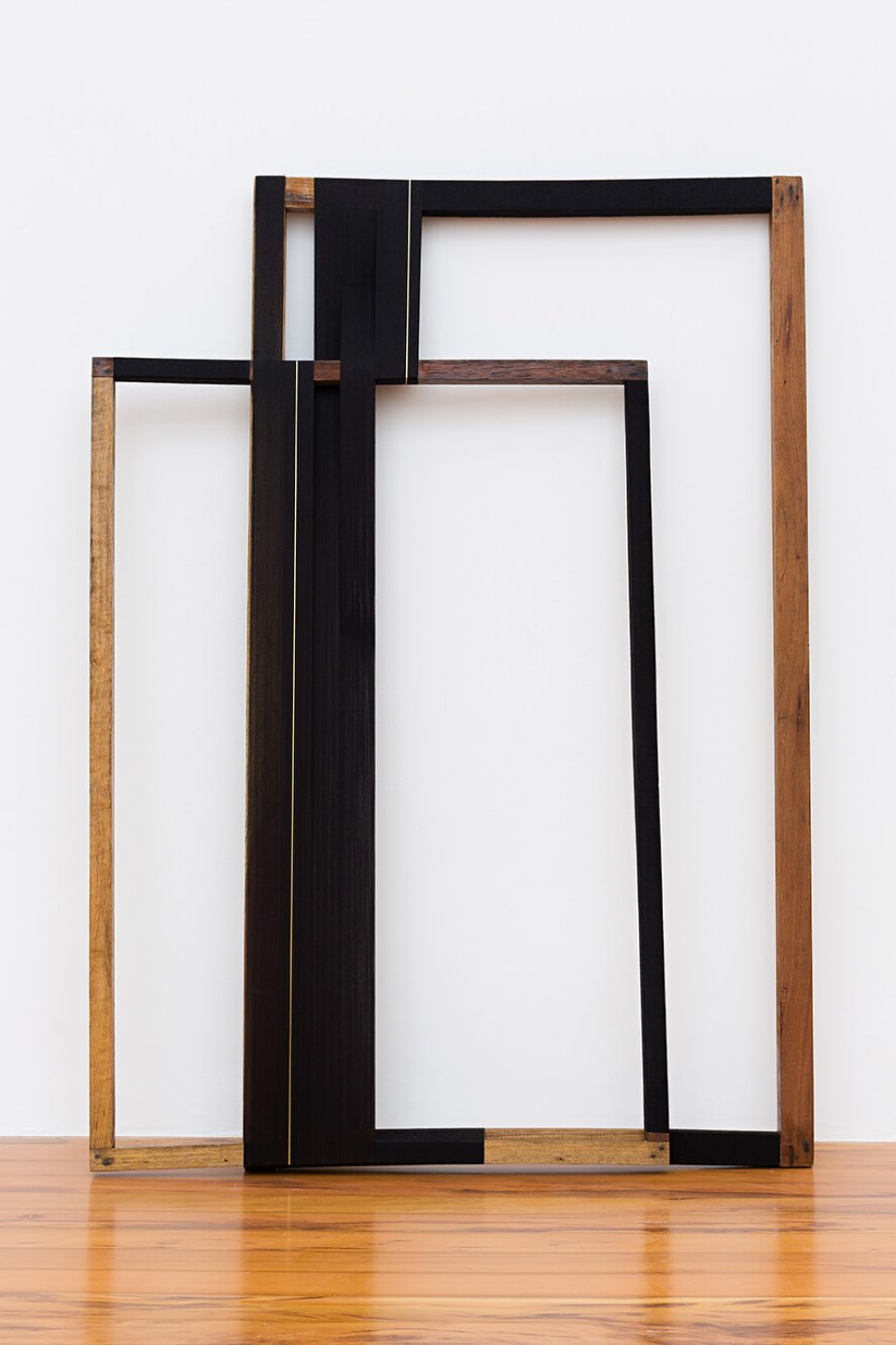 Paloma Bosquê, <em>Rhythm for 2</em>, 2014, lurex threads and polyester on wood frame, 149 × 108 × 20 cm - Mendes Wood DM