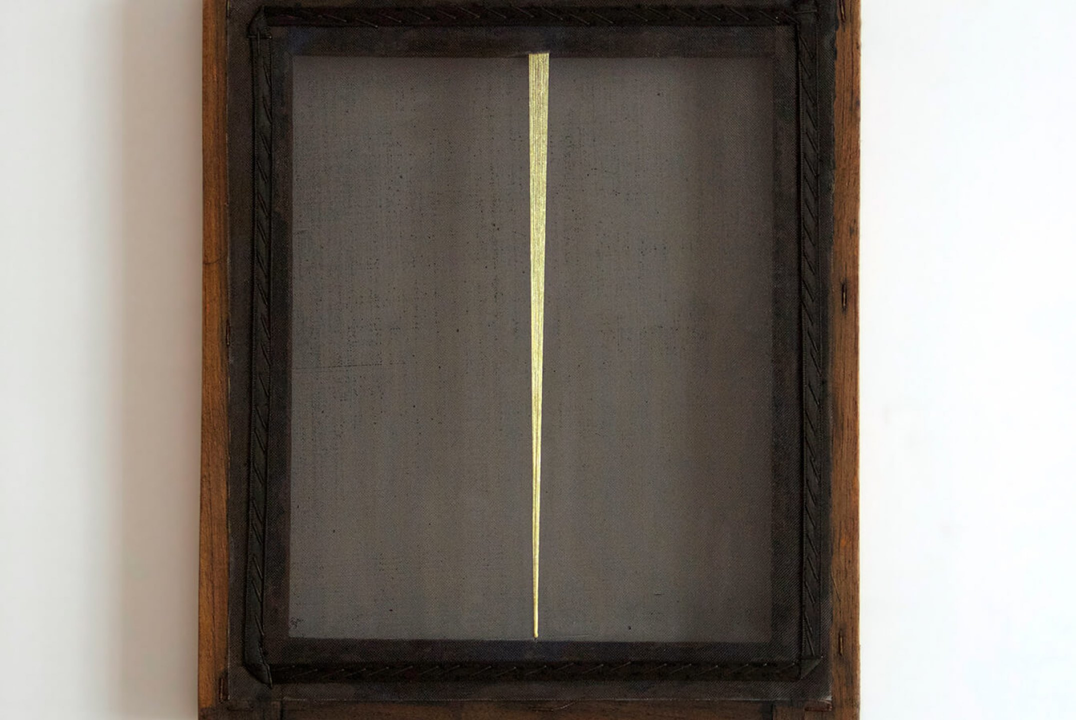 Paloma Bosquê, <em>Blade #2</em>, 2014, lurex threads on canvas, 39 × 30,5 cm - Mendes Wood DM