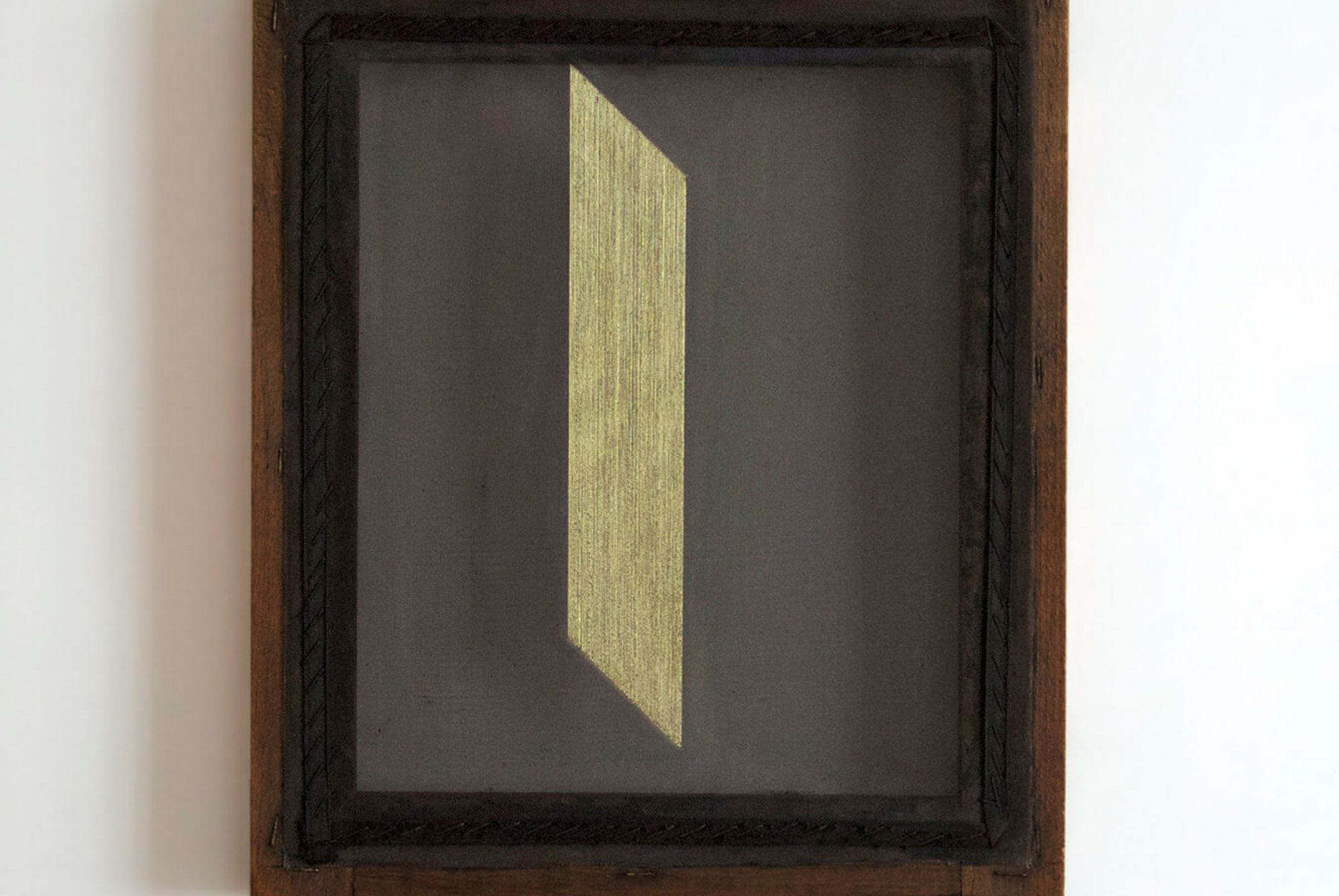 Paloma Bosquê, <em>Blade #3</em>,&nbsp;2014,&nbsp;lurex threads on canvas,&nbsp;39 × 30,5 cm - Mendes Wood DM
