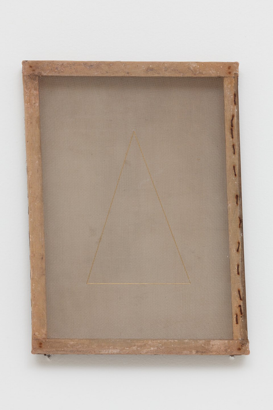 Paloma Bosquê, <em>Delta</em>, 2015/2016, translucent canvas, wire mesh and lurex threads, 38 ×    28 cm - Mendes Wood DM
