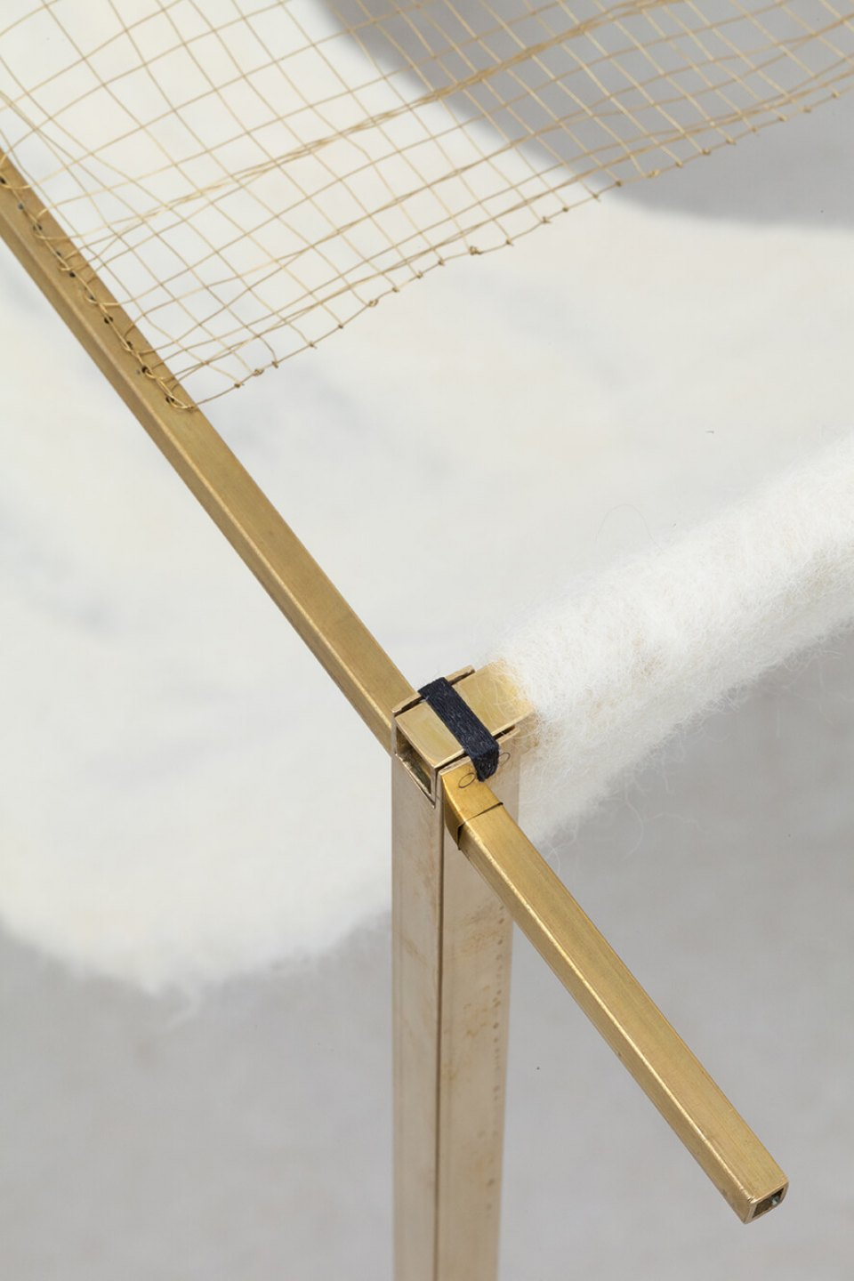 Paloma Bosquê, <em>Jirau,</em> 2016, lead sheet, rods and fabric of brass, wool felted by hand and cast bronze, 90 × 132 × 31,5 cm - Mendes Wood DM