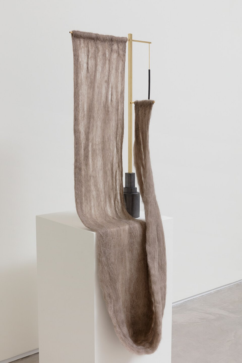 Paloma Bosquê, <em>Cross</em>, 2016, wool felted by hand, brass rods and charcoal, 120 × 14 × 38,5 cm - Mendes Wood DM