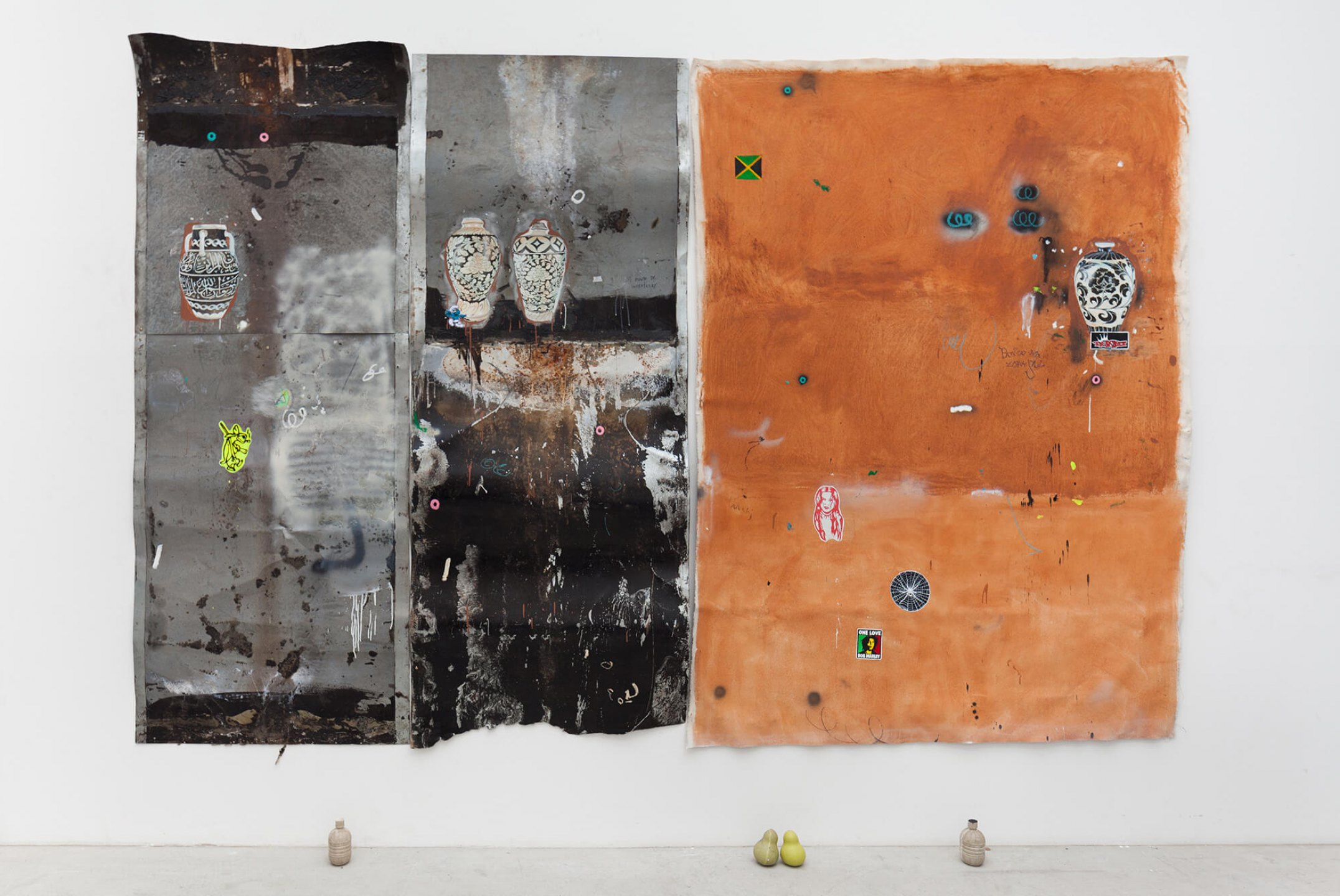 Paulo Nimer Pjota, <em>rammed earth facade part. I, gunpowder</em>,2015, acrilyc, oil, pencil, pen, charcoal, pastel and pigment on canvas and iron plate and resin objects, 265 × 378 × 13 cm - Mendes Wood DM