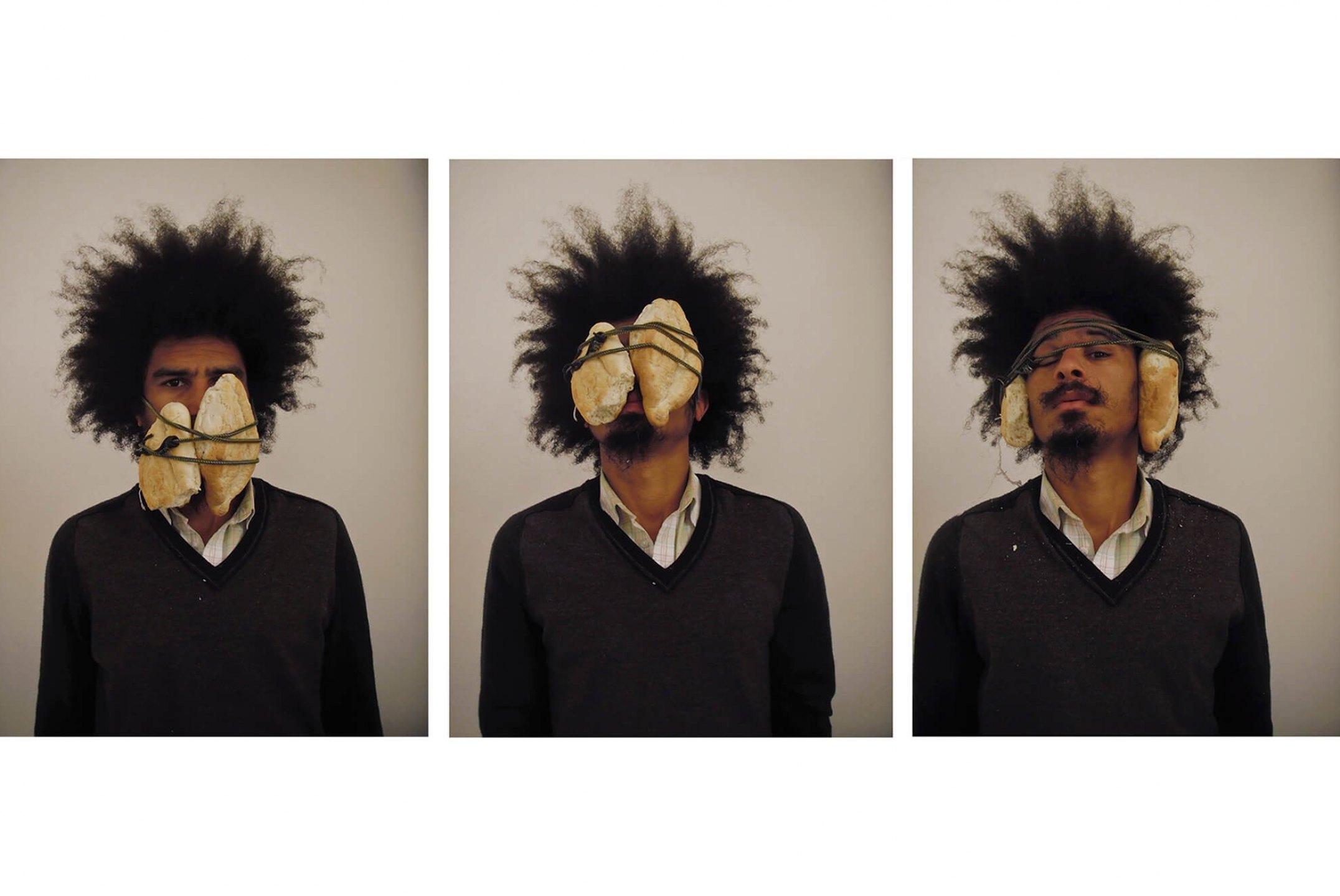 Paulo Nazareth, <em>Pão e Circo</em>, 2012, photo printing on cotton paper, 93 × 70 cm - Mendes Wood DM