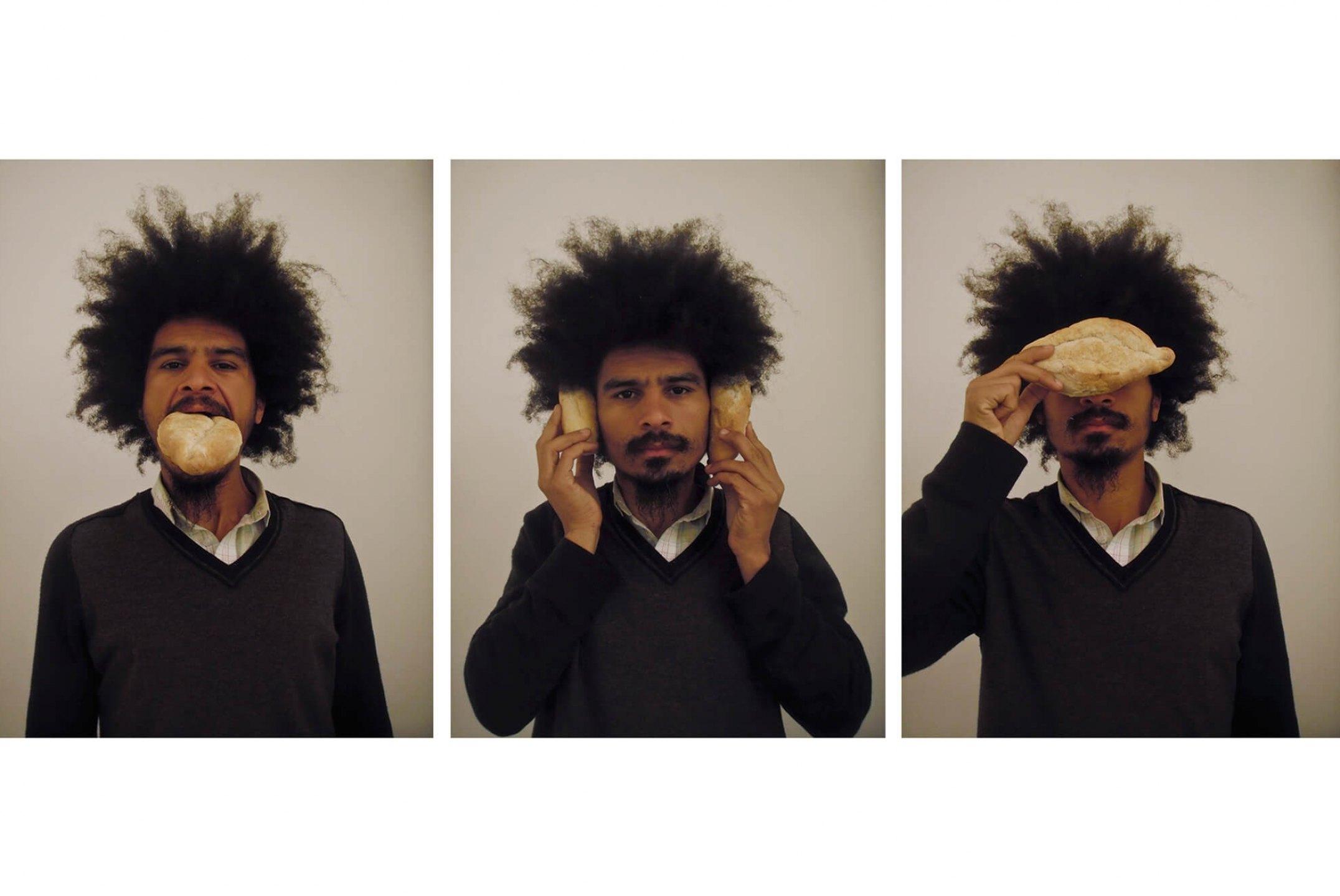 Paulo Nazareth,<em>Pão e Circo,</em> 2012, photo printing on cotton paper, 93 × 70 cm - Mendes Wood DM