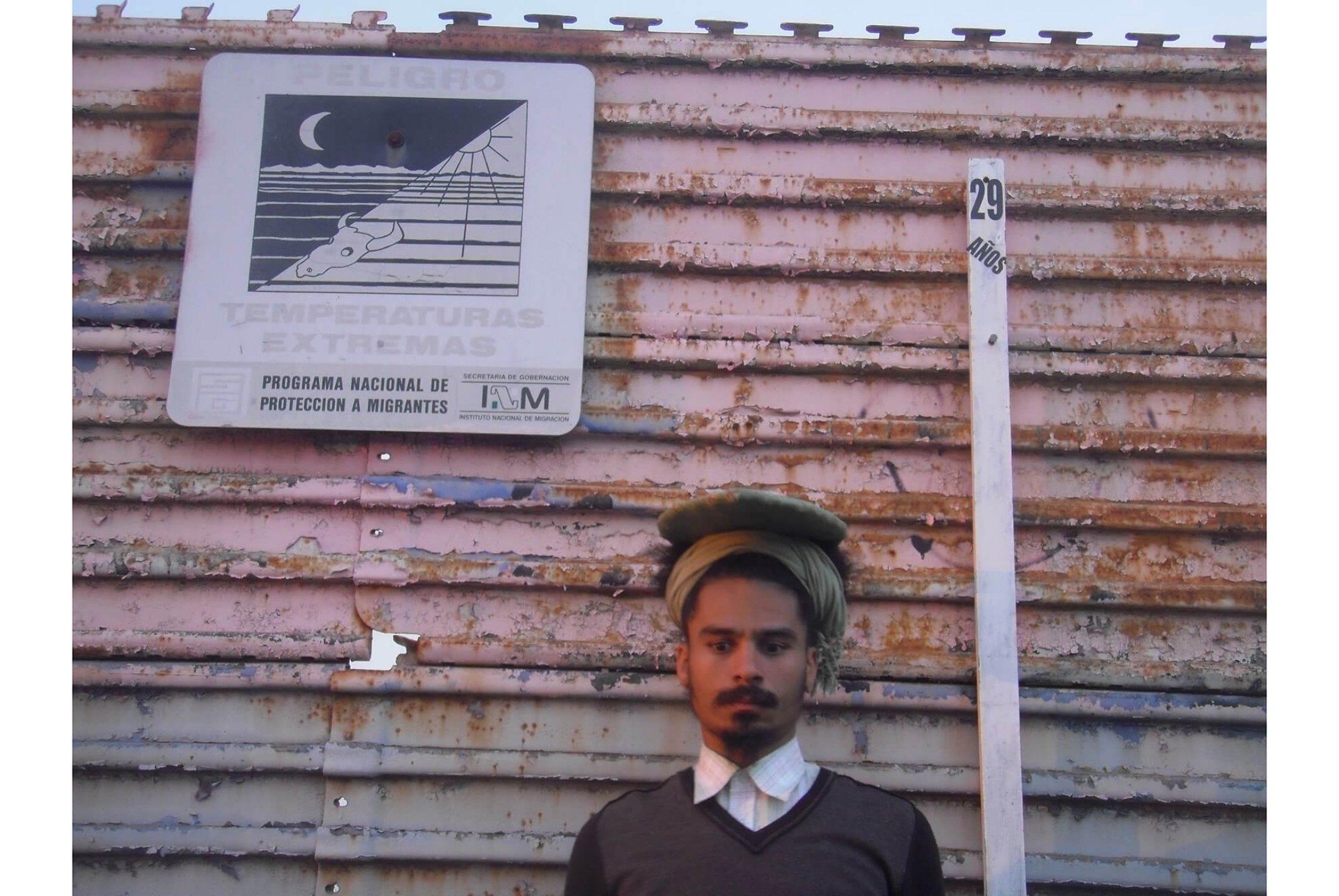 Paulo Nazareth,<em>untitled</em>, 2011/2012, photo printing on cotton paper, 45 × 60 cm - Mendes Wood DM