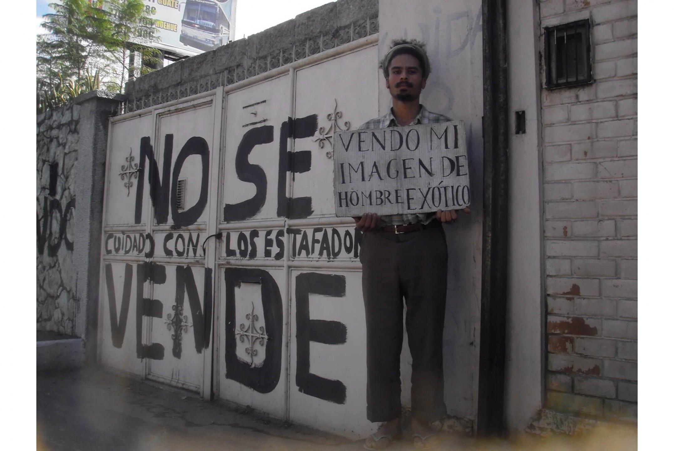 Paulo Nazareth, <em>untitled, from Notícias de América series</em>, 2011/2012, photo printing on coton paper, 45 × 60 cm - Mendes Wood DM