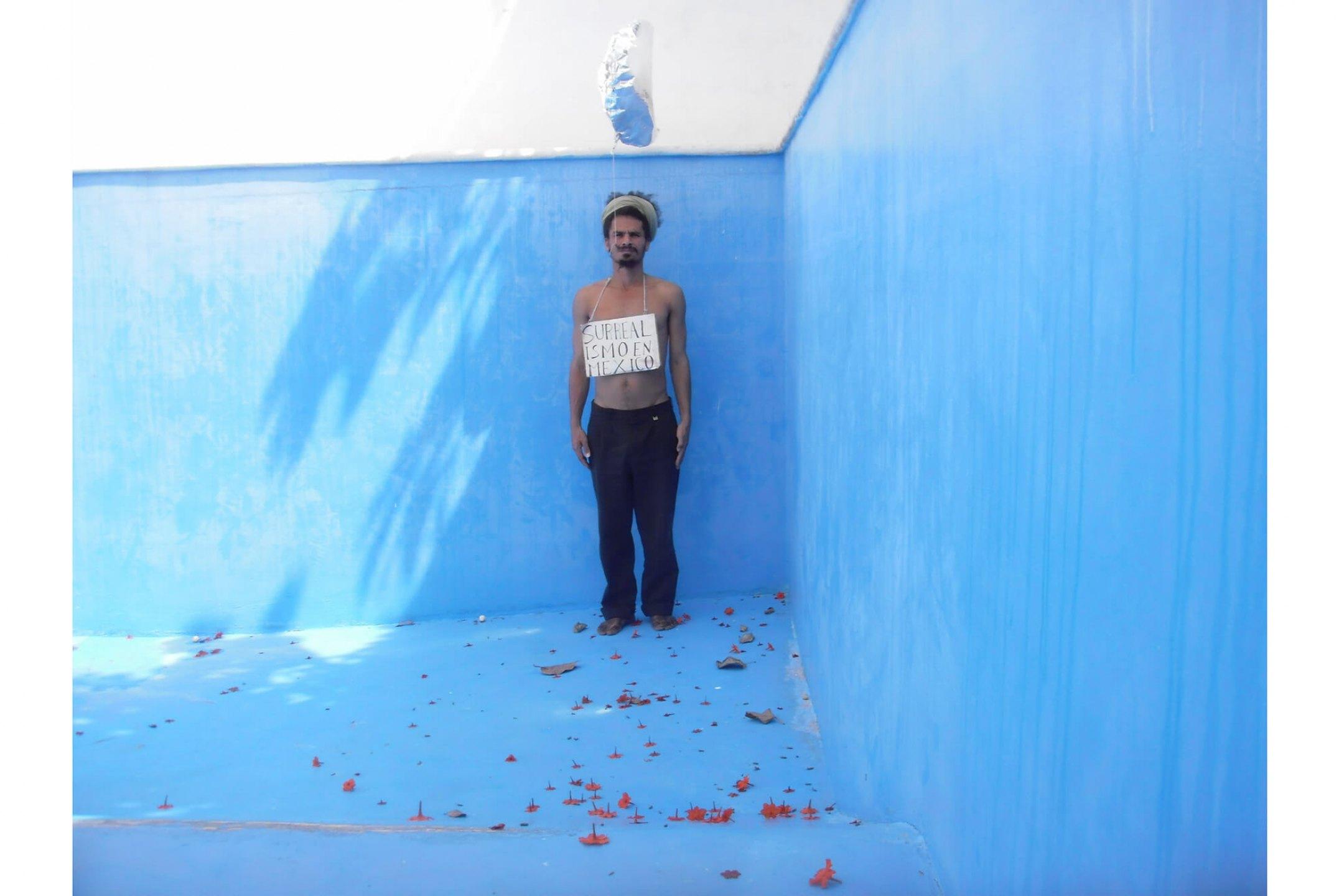 Paulo Nazareth, <em>NA - Surrealismo en Mexico</em>,2011, photo printing on cotton paper, 67,5 × 90 cm - Mendes Wood DM