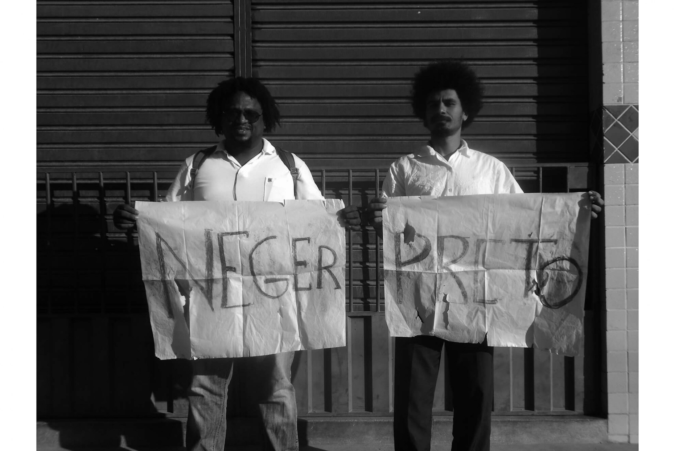 Paulo Nazareth,<em>Black neger, from Cadernos de África project,</em>2012/2013, print on newsprint (pile with 1000 prints), 85 × 119 cm - Mendes Wood DM