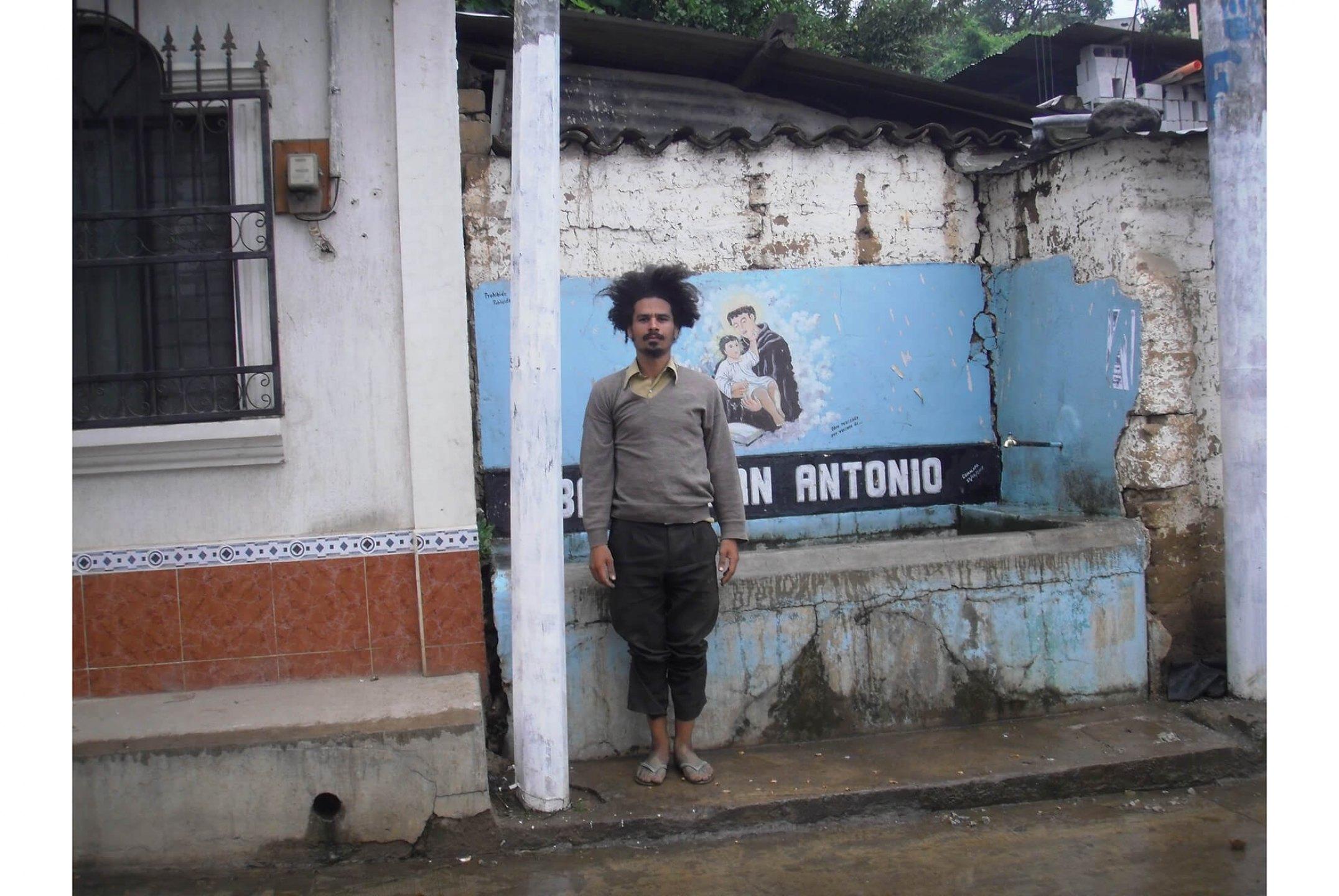 Paulo Nazareth, <em>untitled, from Notícias de América series,</em> 2011, photo printing on cotton paper, 45 × 60 cm - Mendes Wood DM