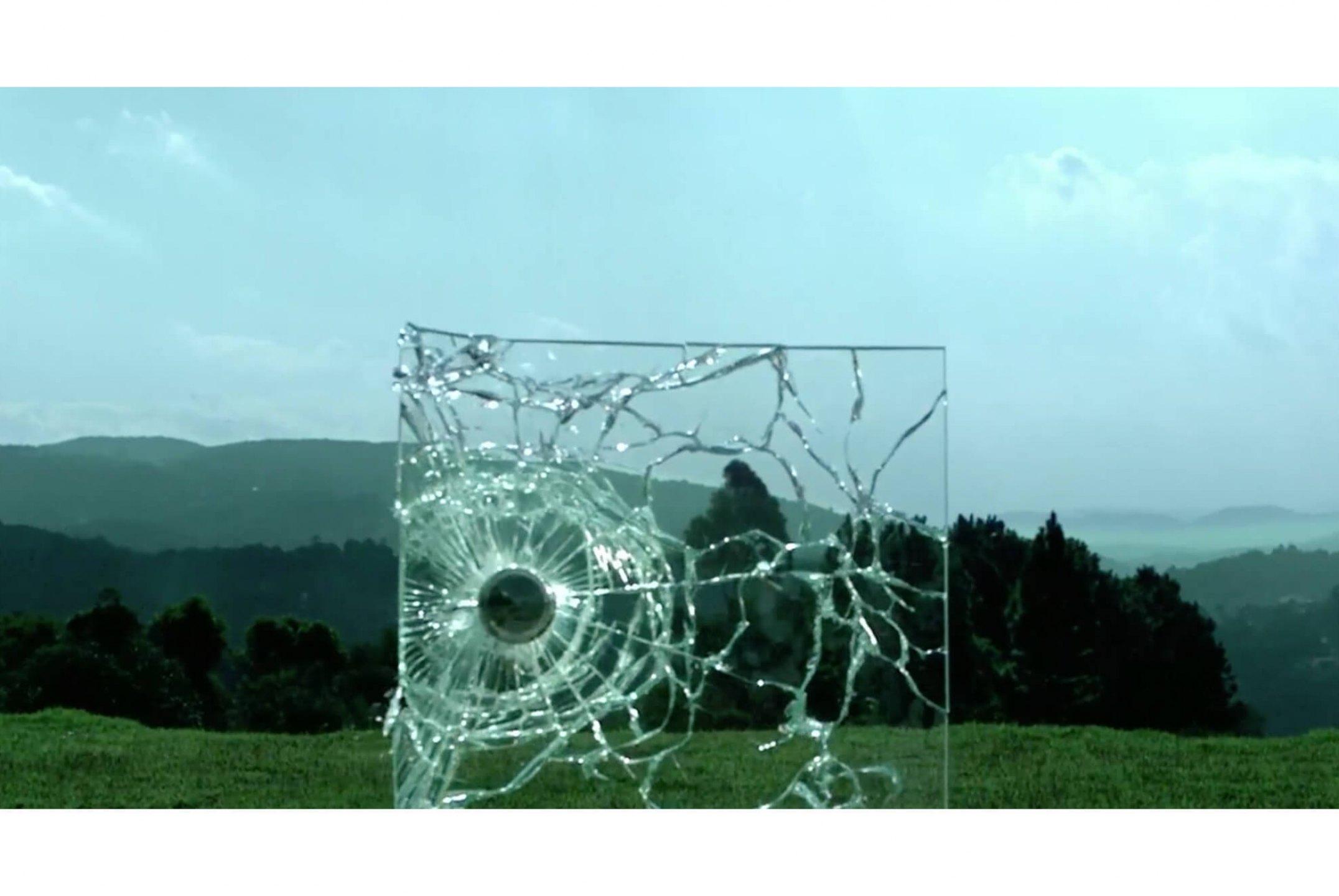 Luiz Roque, <em>Geometria Descritiva</em>, 2012, video HD, loop - Mendes Wood DM