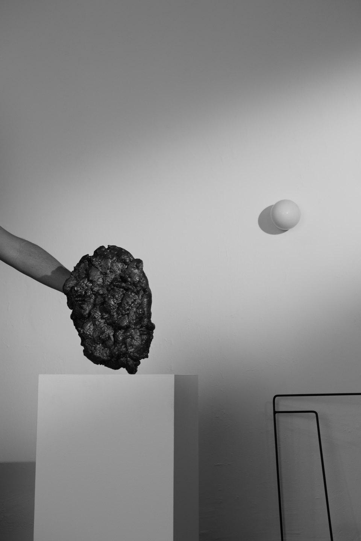 Luiz Roque &Erika Verzutti,<em>Museu</em>,2016,C-print,55 × 36,5 cm - Mendes Wood DM
