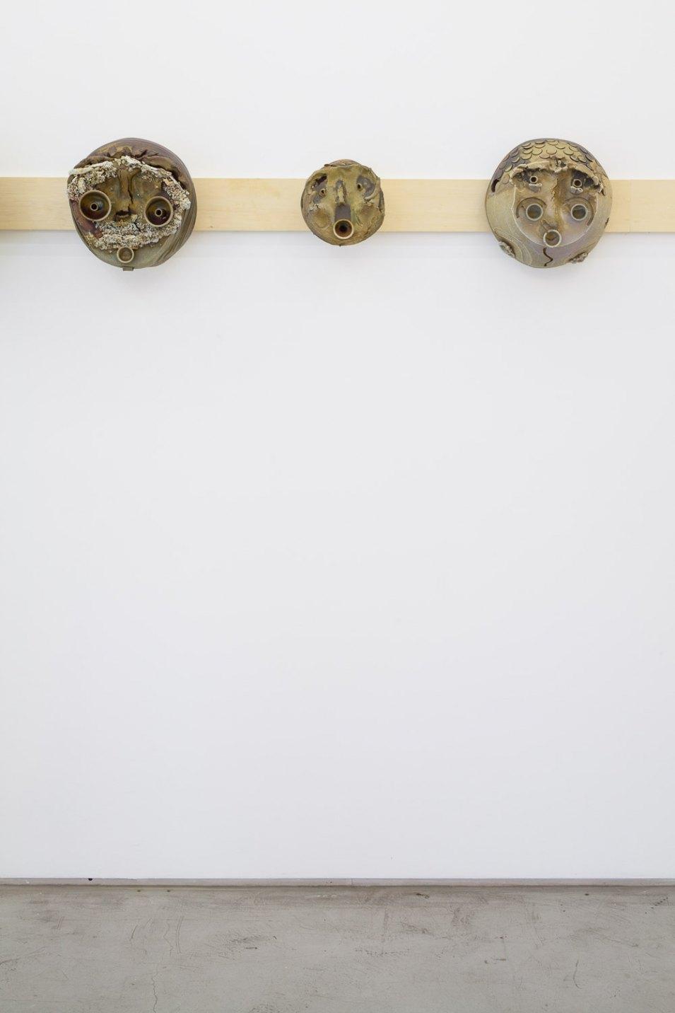 Matthew Lutz-Kinoy,<em>untitled</em>, 2016, ceramics,40 × 40 × 18 cm - Mendes Wood DM