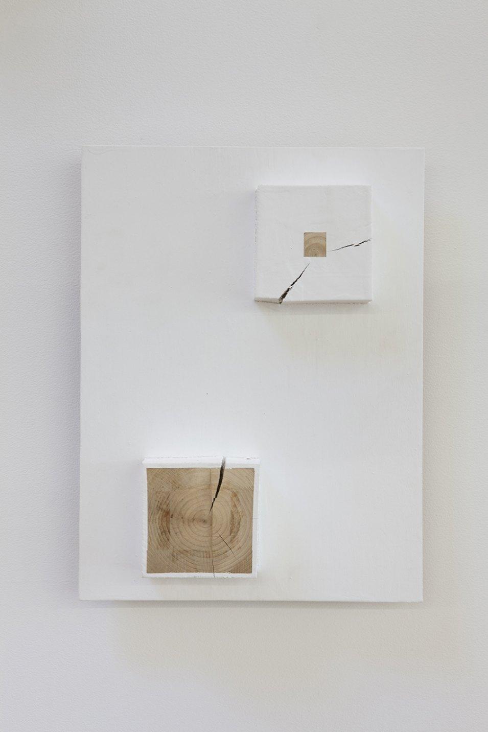 Kishio Suga,<em>Territorialization—1,</em> 2008, plywood, wood, paint, 36,7 × 27,6 × 7,9 cm - Mendes Wood DM
