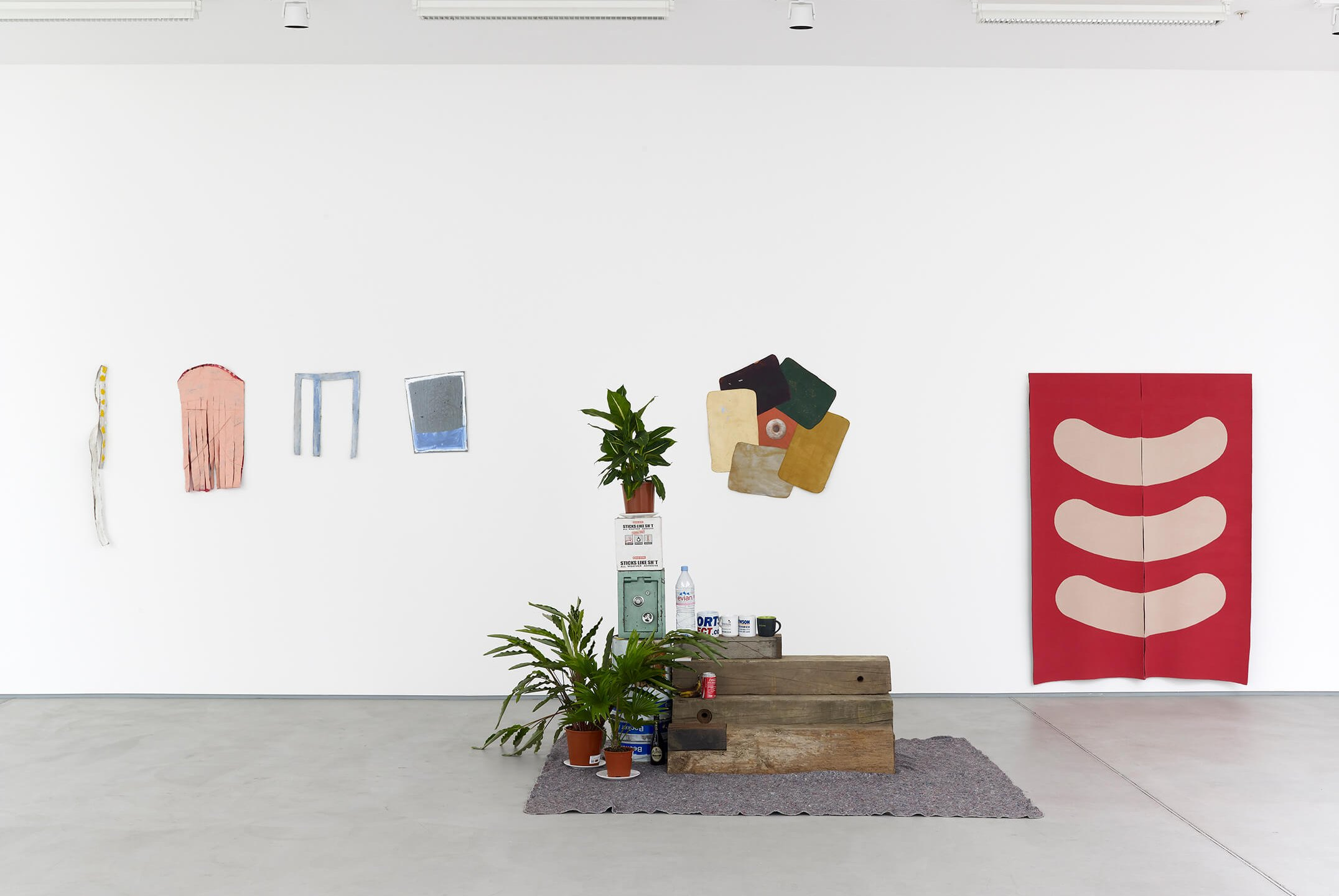 Adriano Costa, <em>Touch me I am geometrically sensitive</em>, Sadie Coles HQ, London, 2014 - Mendes Wood DM