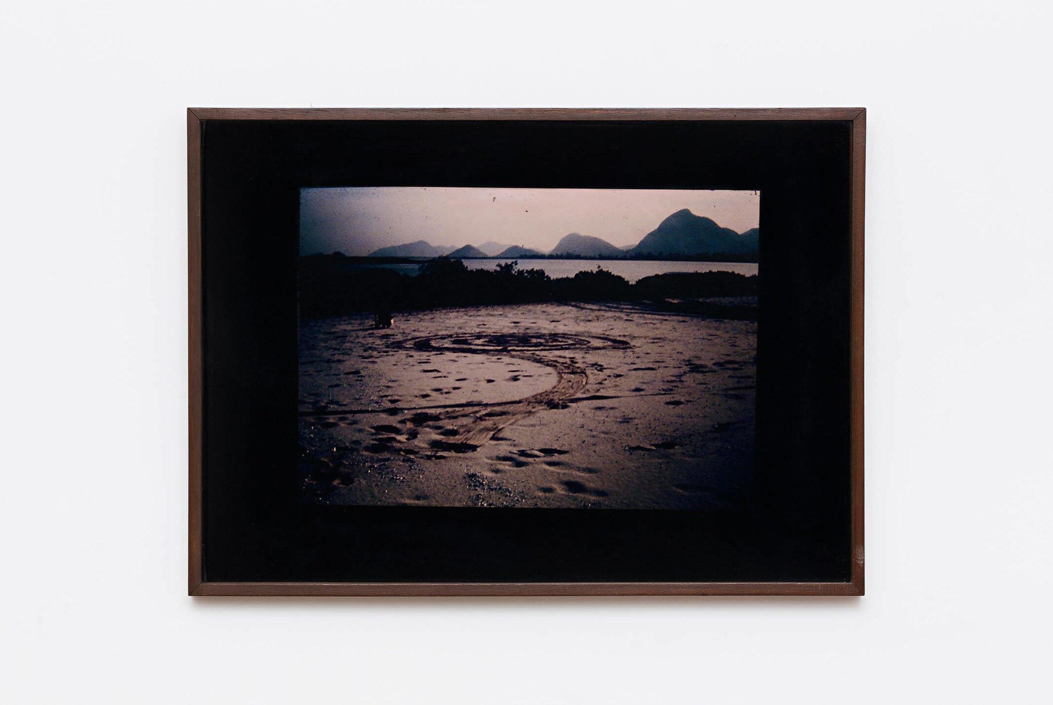 Anna Bella Geiger,&nbsp;<em>Circumambulatio</em>, 1972,&nbsp;photograph, happening record / land art: spiral, 51 ×&nbsp;71 cm - Mendes Wood DM