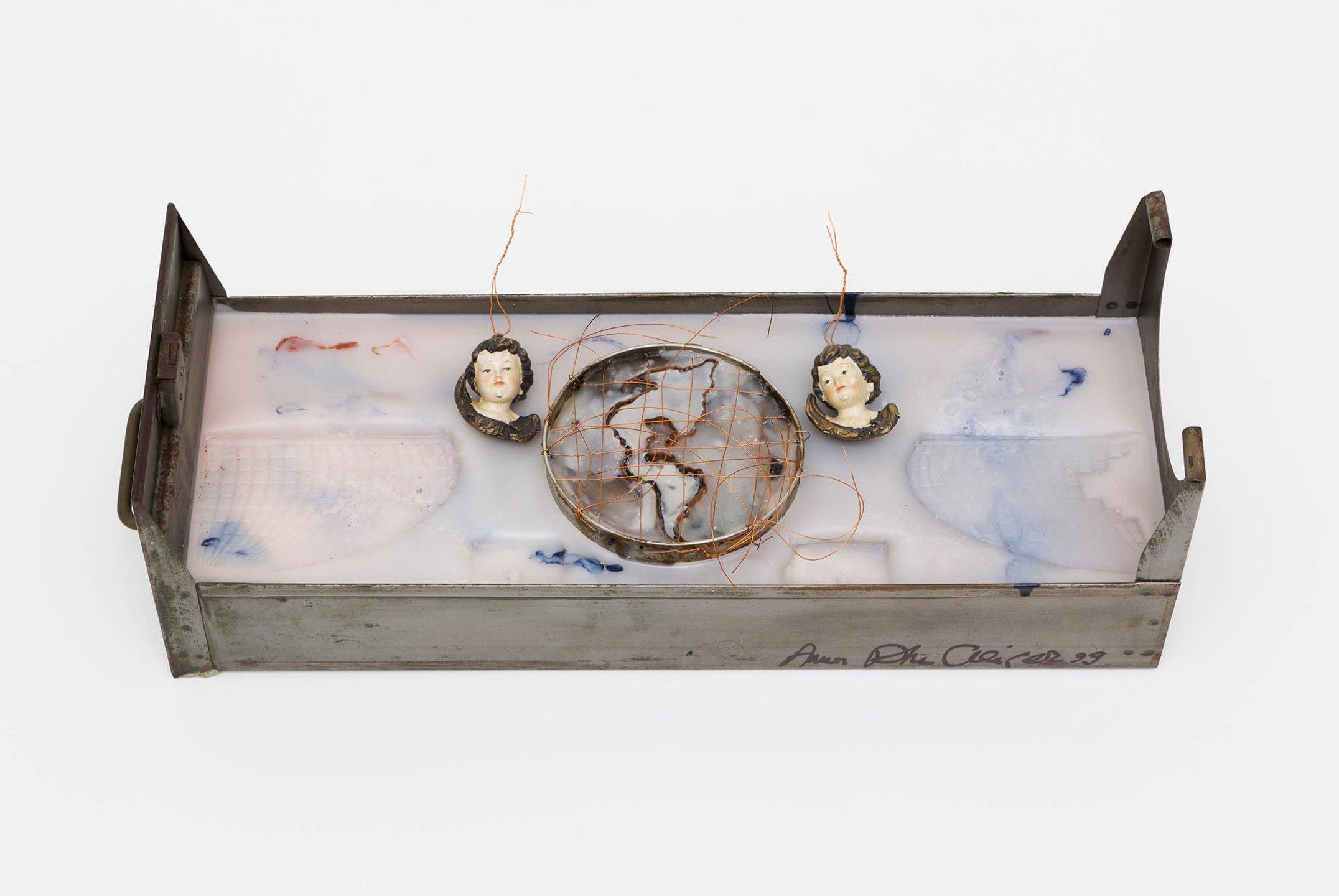 Anna Bella Geiger,<em>Orbis Descriptio com Américas e dois ventos</em>,1999, iron file drawer, encaustic, sheets and wire of copper, pigment and ceramic, 9,5×59,5×6,5 cm - Mendes Wood DM