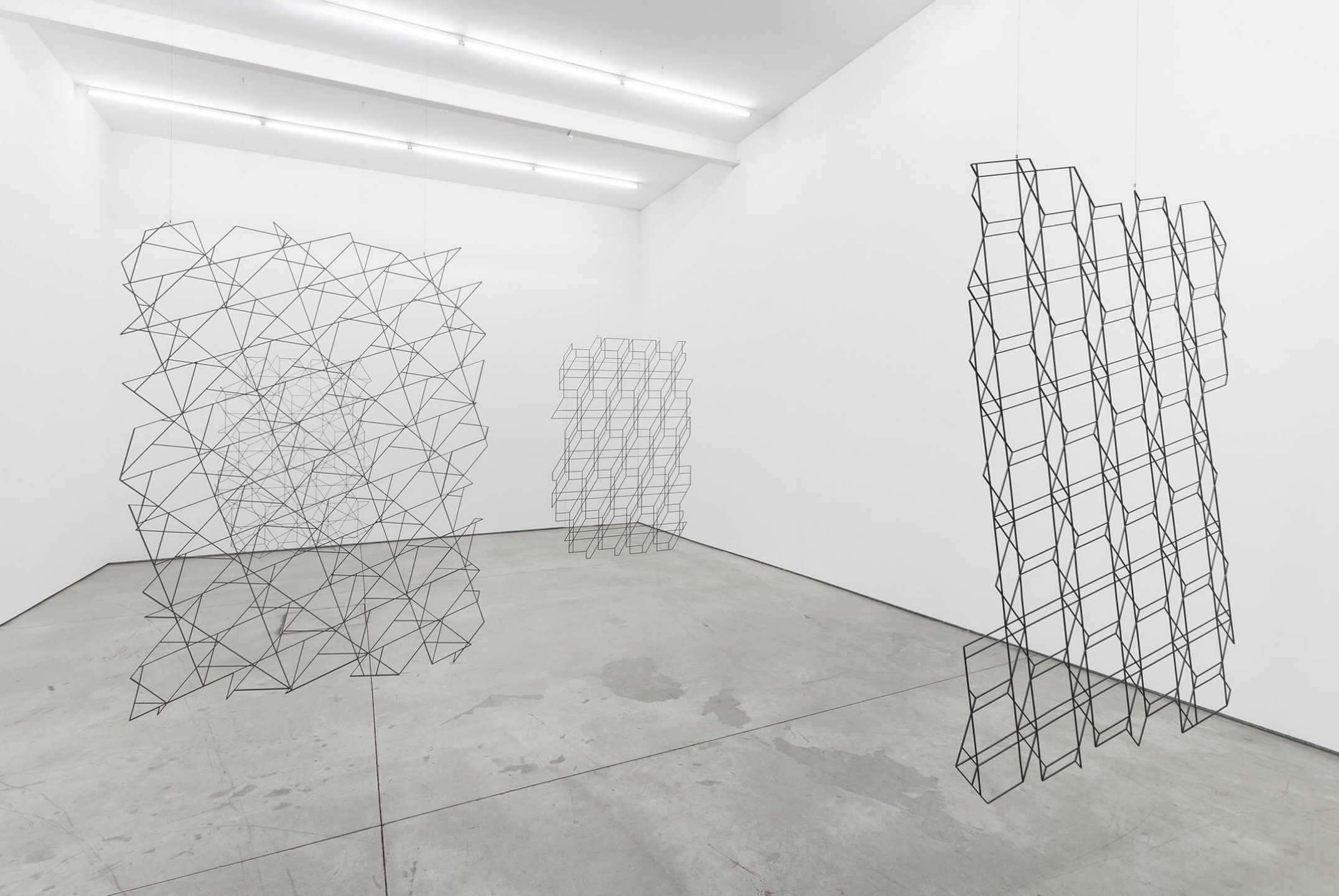 Daniel Steegmann Mangrané,<em>Another point in the same line and three points that don´t belong to the same line</em>, GaleriaMúrias Centeno,Lisboa,2015 - Mendes Wood DM