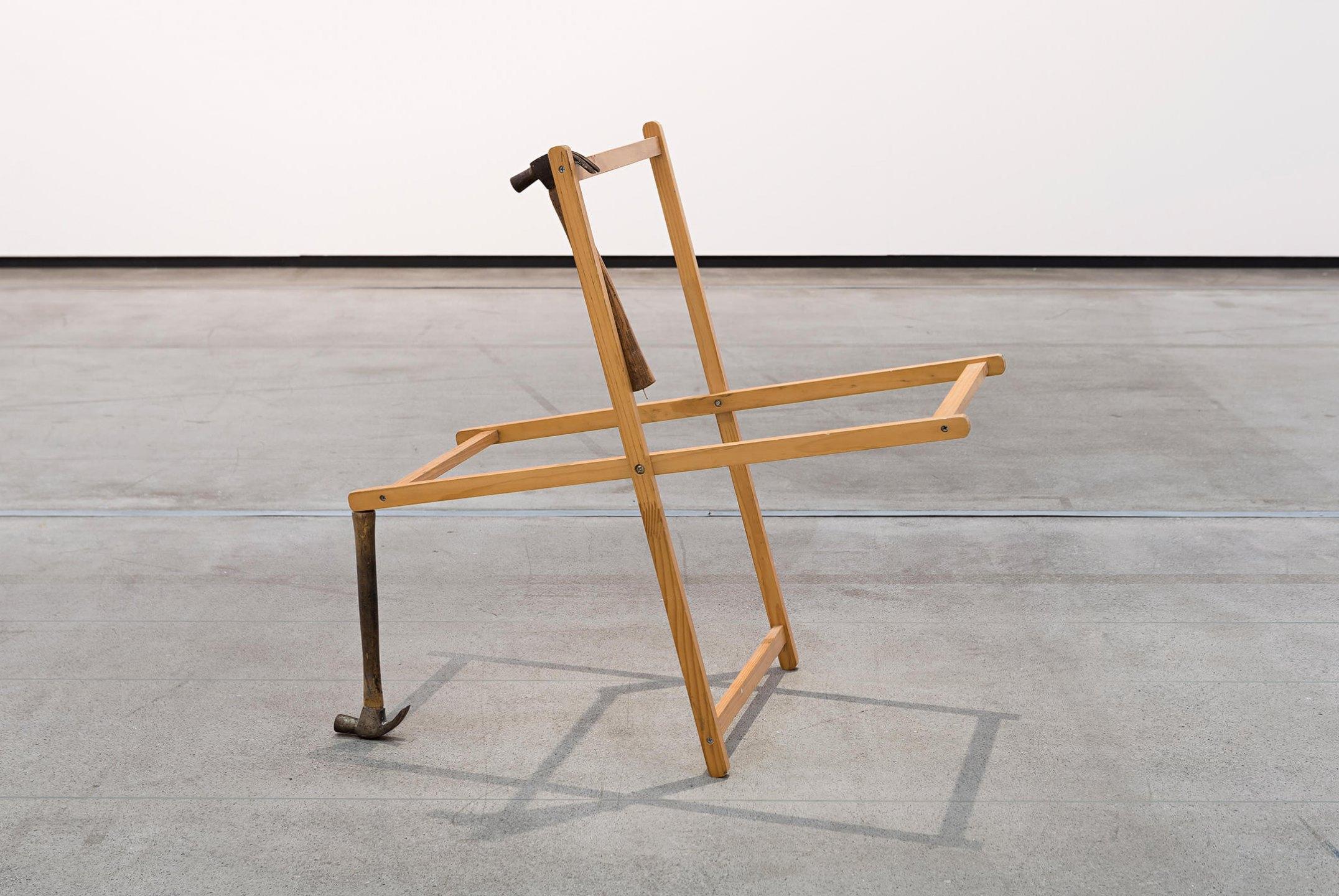 Deyson Gilbert,<em>Wheel of fortune (swastika)</em>, 2012, wood and hammers, 60 × 60 × 40 cm - Mendes Wood DM