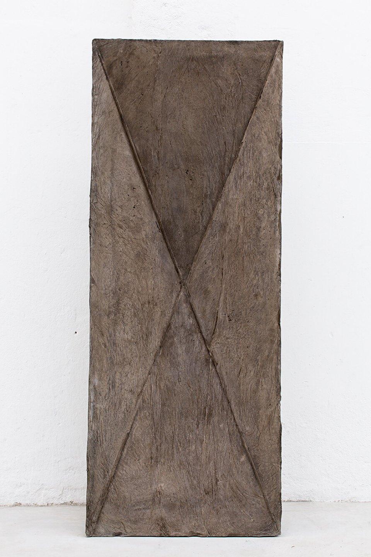 Michael Dean,<em> x (Working Title)</em>,&nbsp;2013,&nbsp;concrete,&nbsp;177 &nbsp;× &nbsp;68 &nbsp;× &nbsp;25 cm - Mendes Wood DM
