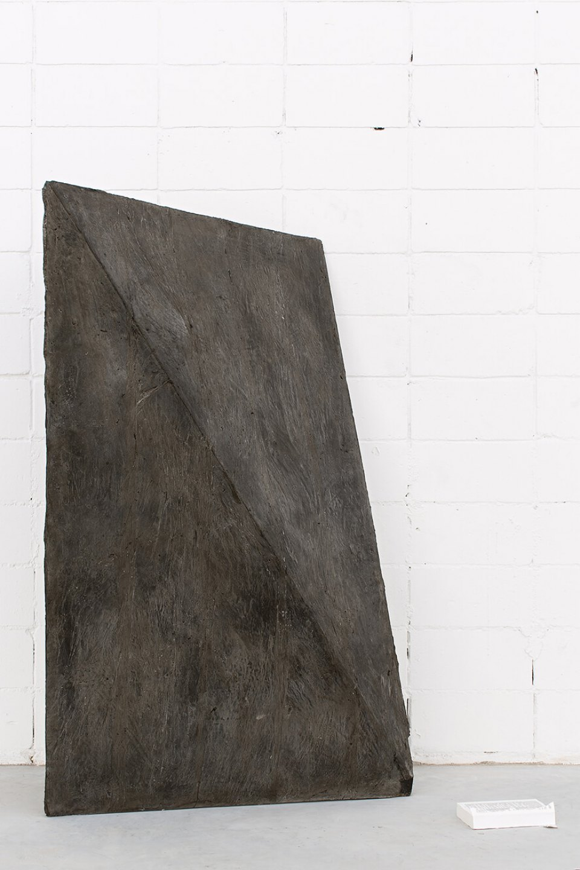 Michael Dean,<em> n (Working Title)</em>, 2013,concrete and paperback book, 174,5 × 110 × 110 cm - Mendes Wood DM