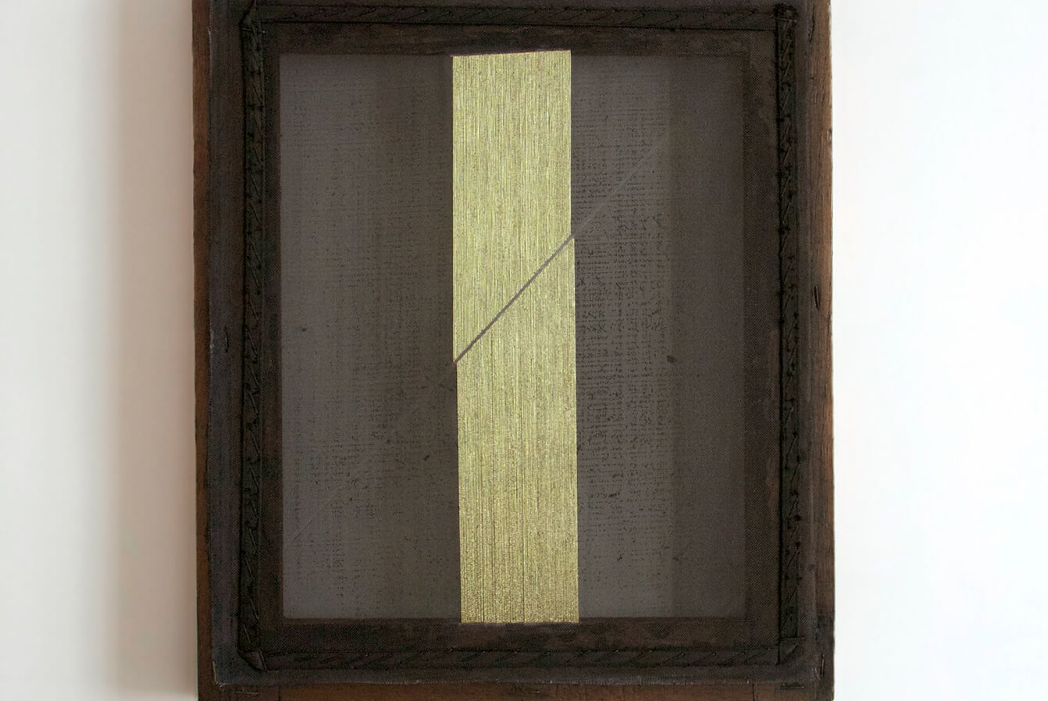 Paloma Bosquê, <em>Blade #1</em>, 2014, lurex threads on canvas, 39 × 30,5 cm - Mendes Wood DM