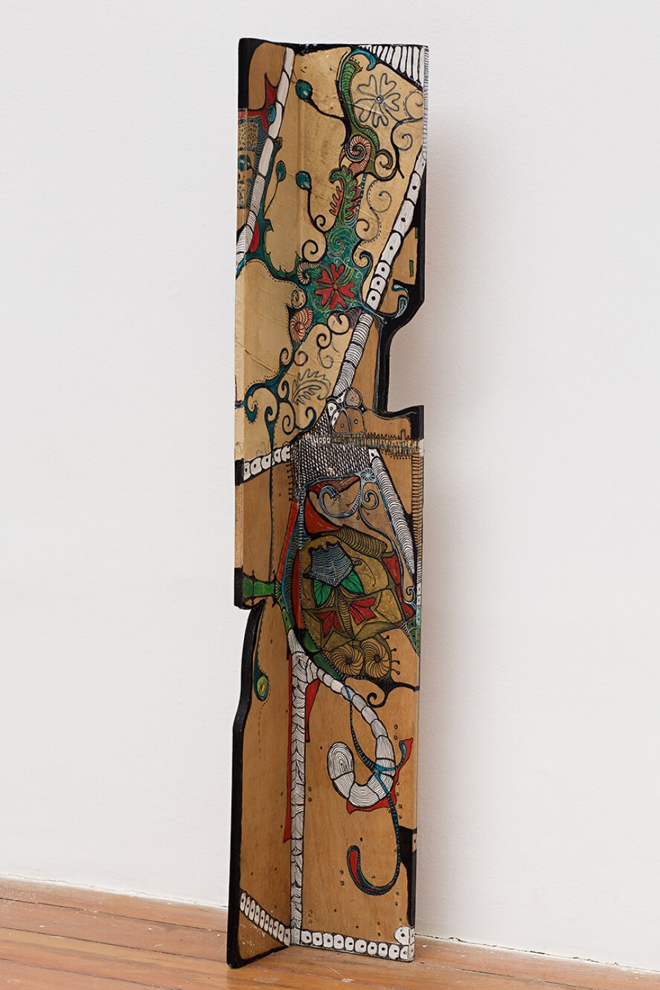 Sonia Gomes,<em>untitled,</em>1997, binding and various pigments on wood, 101×16,5 cm - Mendes Wood DM