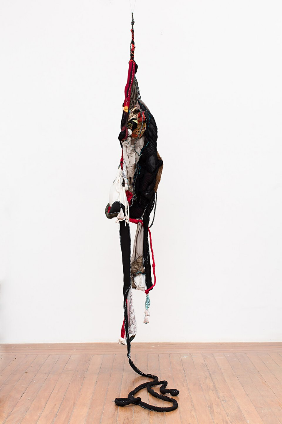 Sonia Gomes, <em>untitled, from Lugar series</em>, 2013, stitching, bindings, different fabrics and laces, 260 × 40 ø cm - Mendes Wood DM