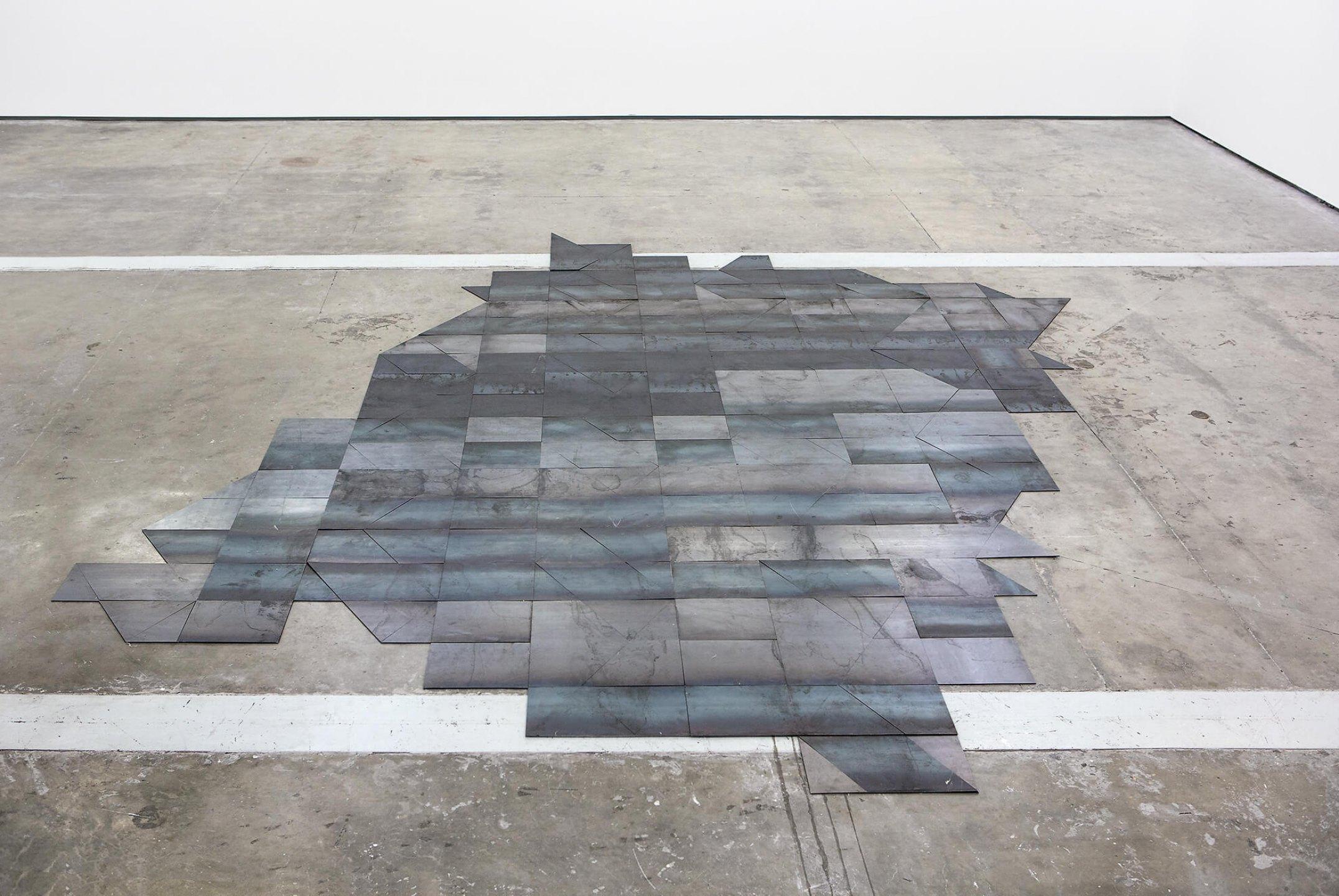 Daniel Steegmann Mangrané, <em>Systemic Grid I,</em> 2014, laser cut steel, 550&nbsp;×&nbsp;502 × 0,5 cm - Mendes Wood DM