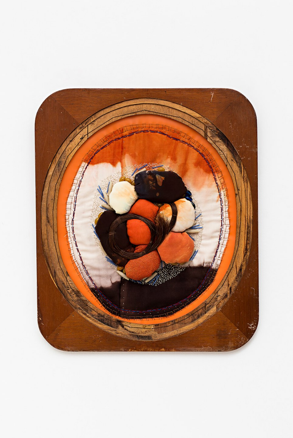 f.marquespeteado, <em>Broche, from Amabilem Conjugem Calcas (aqui jaz meu Bem Amado) series,</em> 2012, wood framed textile collage that includes different beads, horsehair and dyed silks, embroidered on a PVC, 68 × 57,5 cm - Mendes Wood DM
