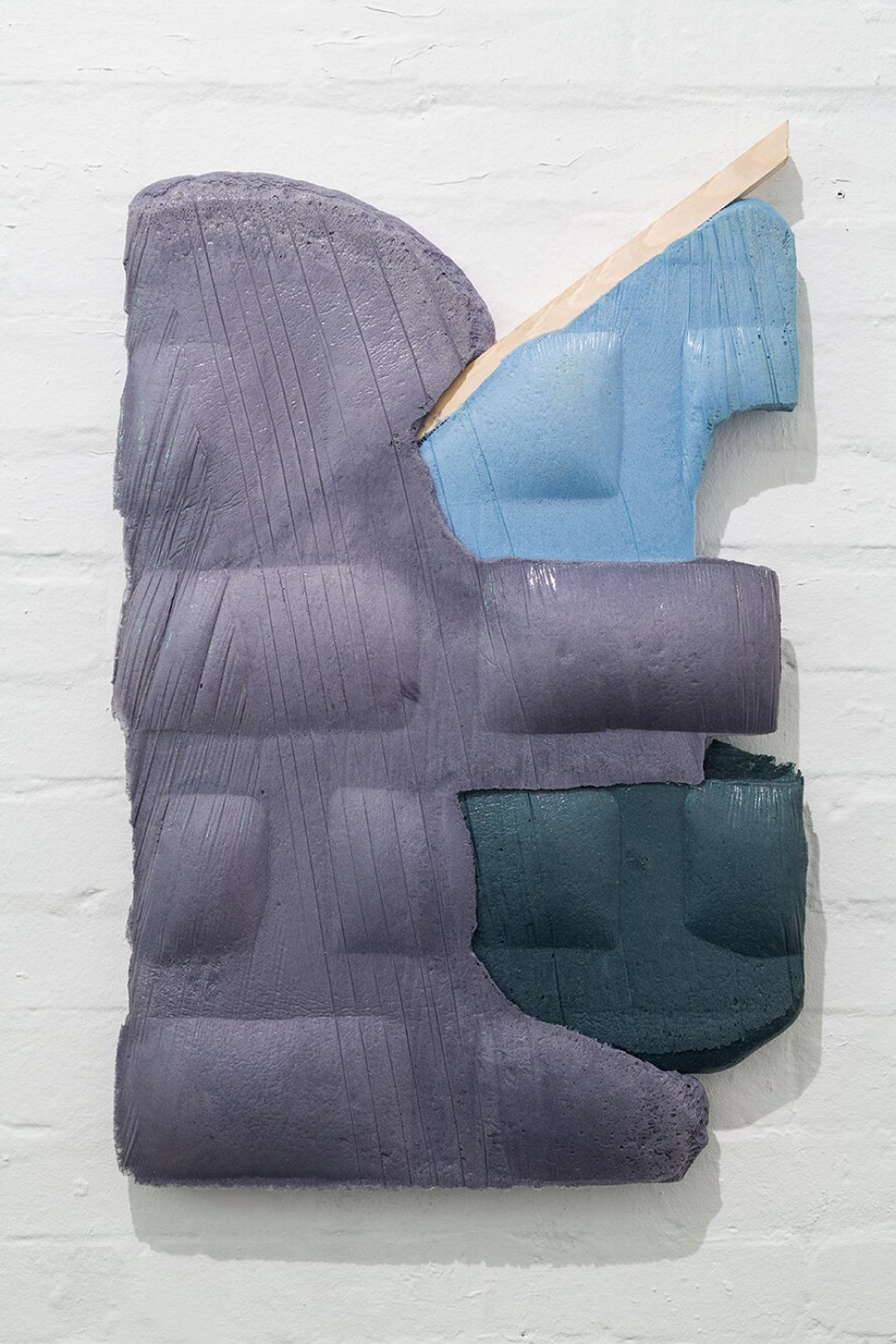 Neïl Beloufa,&nbsp;<em>Unframed archive, from Secured wall series</em>,&nbsp;2014, extensive foam, pigment and wood, 87 × 51 × 6 cm - Mendes Wood DM