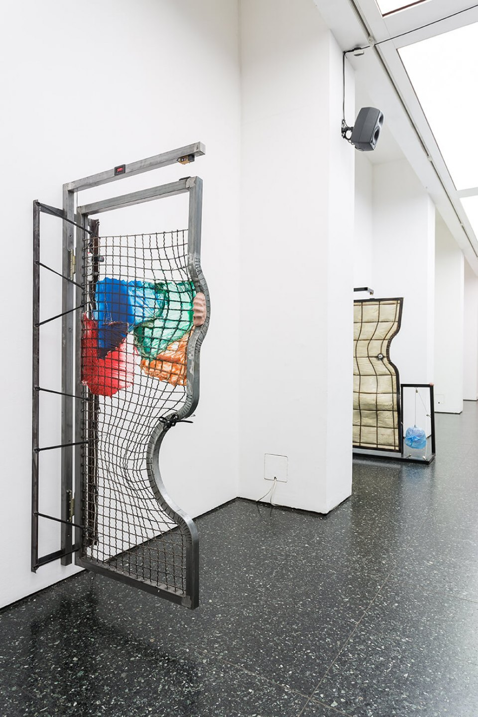 Neïl Beloufa, <em>Counting On People</em>‭, ‬ICA‭ – The Institute of Contemporary Arts, ‬London‭, 2014 - Mendes Wood DM