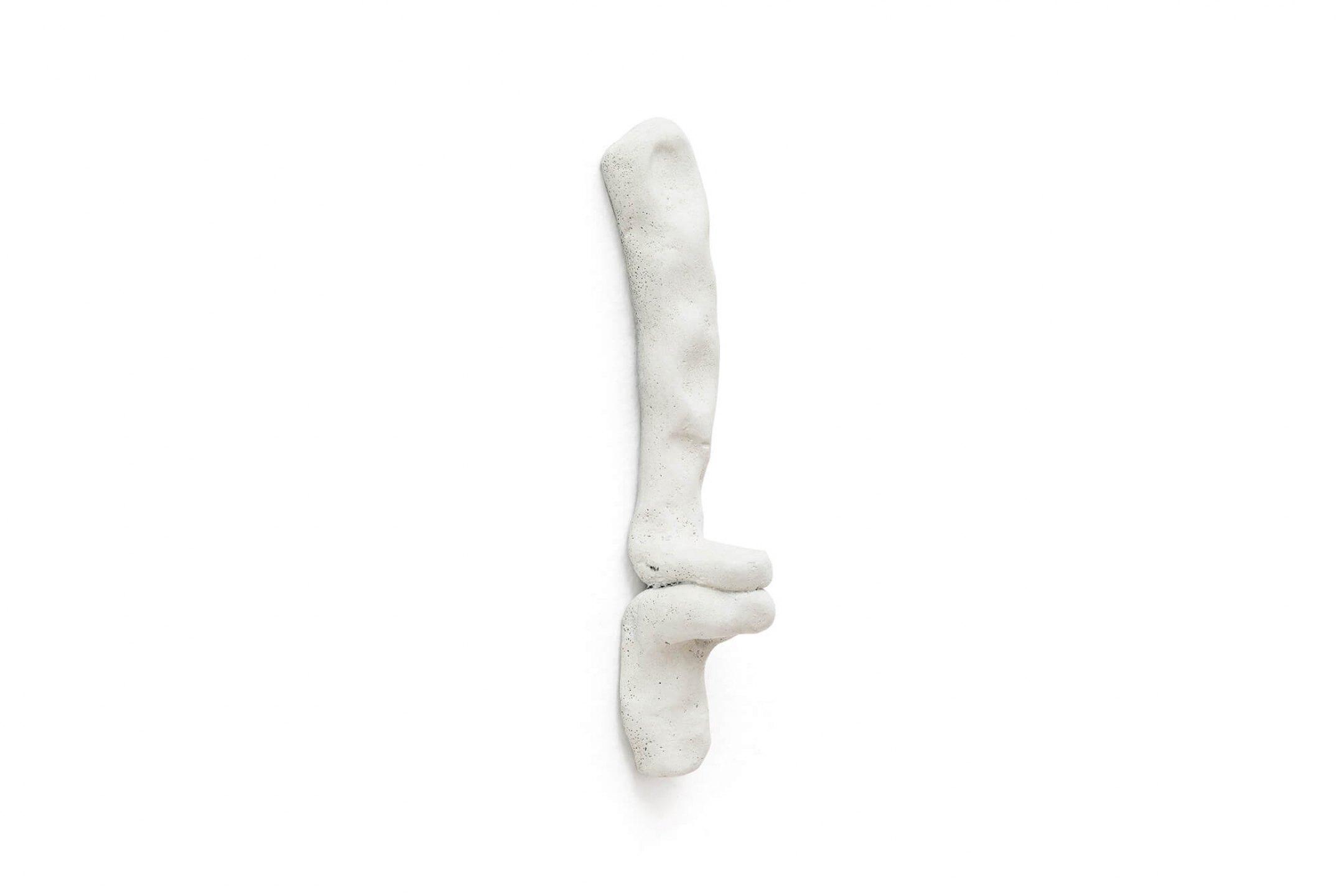 Paulo Monteiro, <i>untitled</i>, 2015, bronze, 18 × 4 × 3,5 cm - Mendes Wood DM