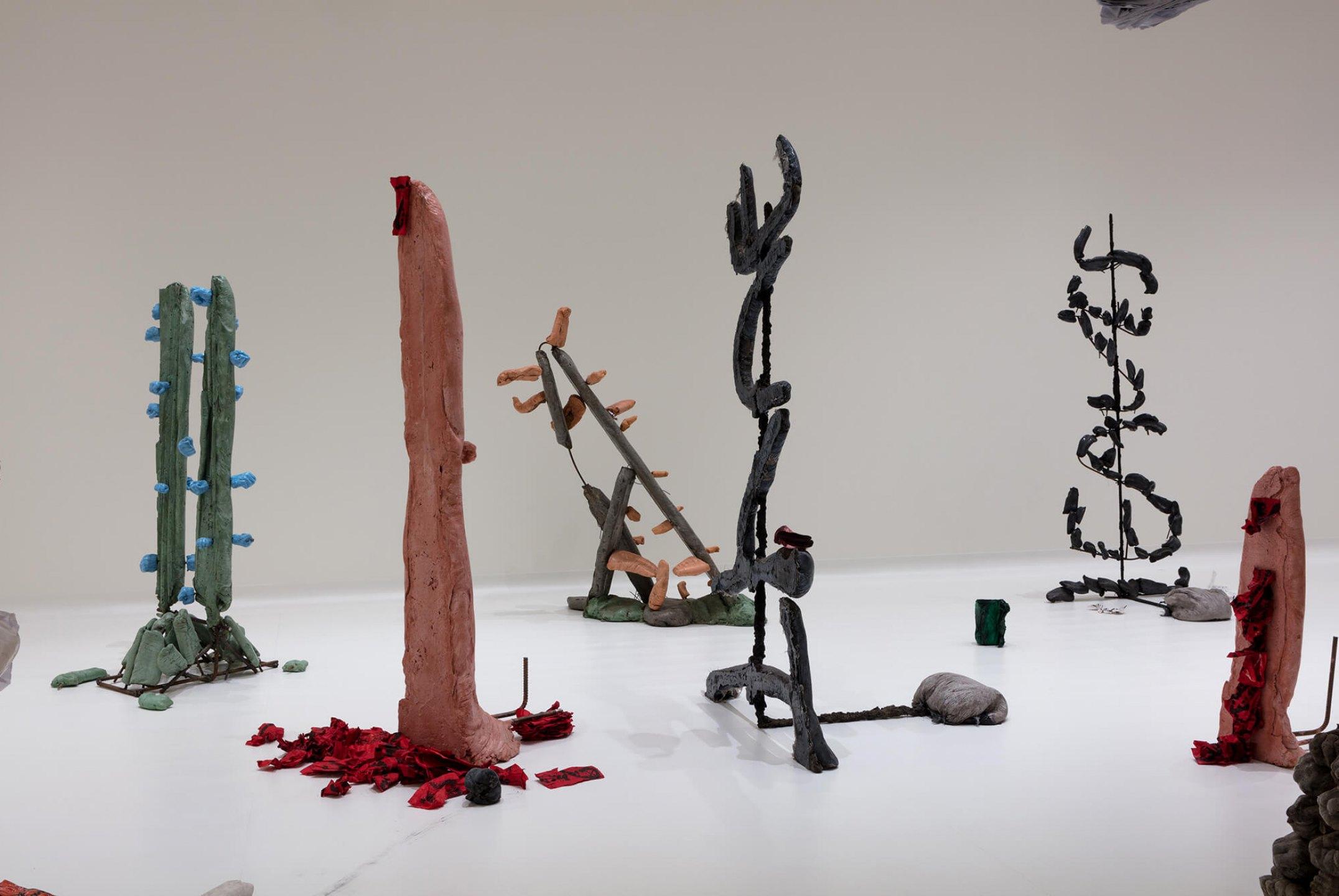 Michael Dean,<em>Sightings: Michael Dean</em>,Nasher Sculpture Center, Dallas, 2016 - Mendes Wood DM