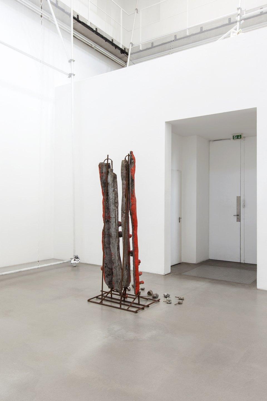 Michael Dean,<em>Teaxths and Angeruage,</em>Portikus, Frankfurt, 2017 - Mendes Wood DM