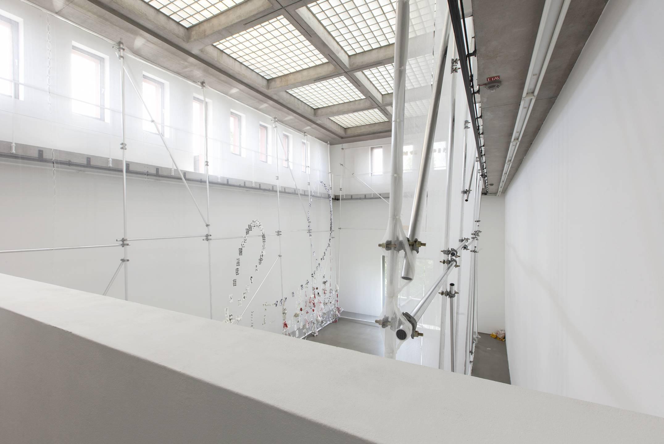 Michael Dean,<em>Teaxths and Angeruage</em>,Portikus, Frankfurt, 2017 - Mendes Wood DM