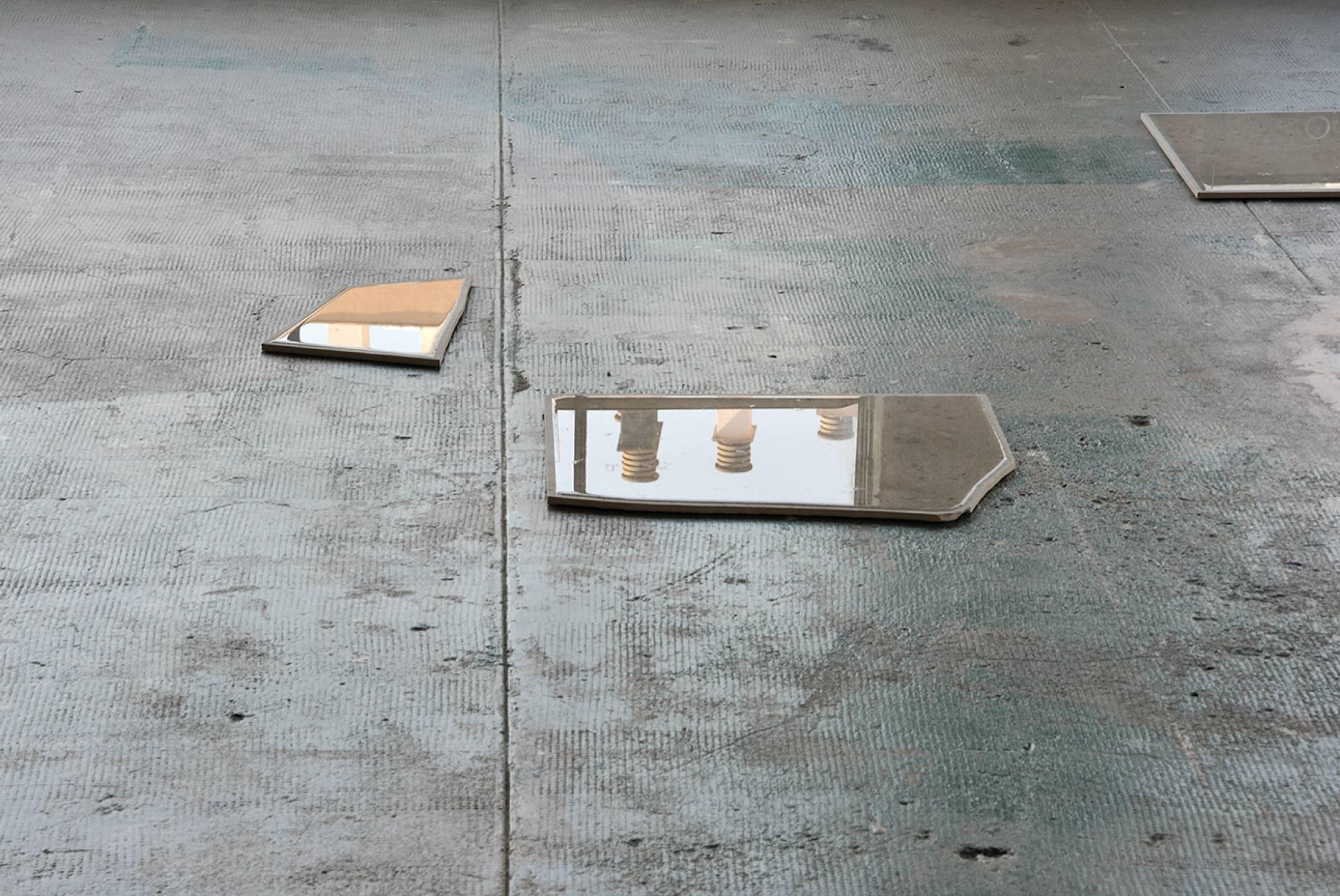 Nina Canell,&nbsp;<em>Days of Inertia</em>,&nbsp;Le Crédac, Paris, 2017 - Mendes Wood DM