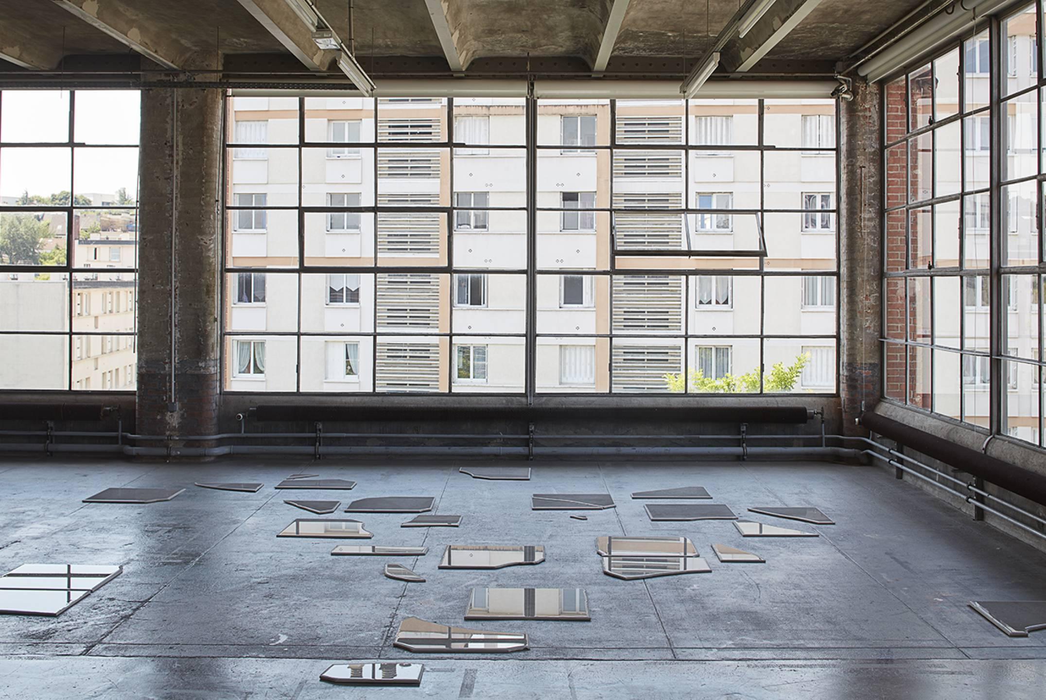 Nina Canell, <em>Days of Inertia, </em>Le Crédac, Paris, 2017<br> - Mendes Wood DM