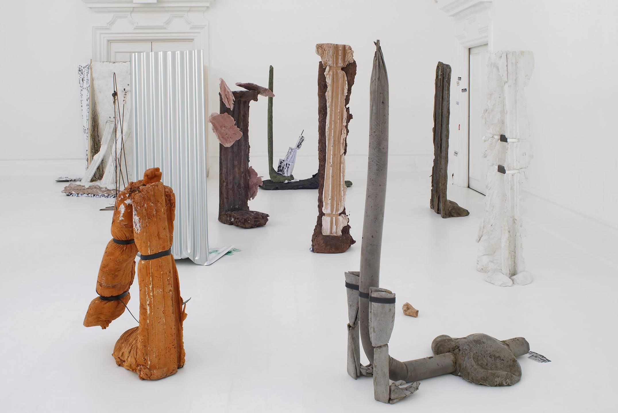 Michael Dean, <em>Michael Dean: Sic Glyphs, </em>South London Gallery, London, 2016 - Mendes Wood DM