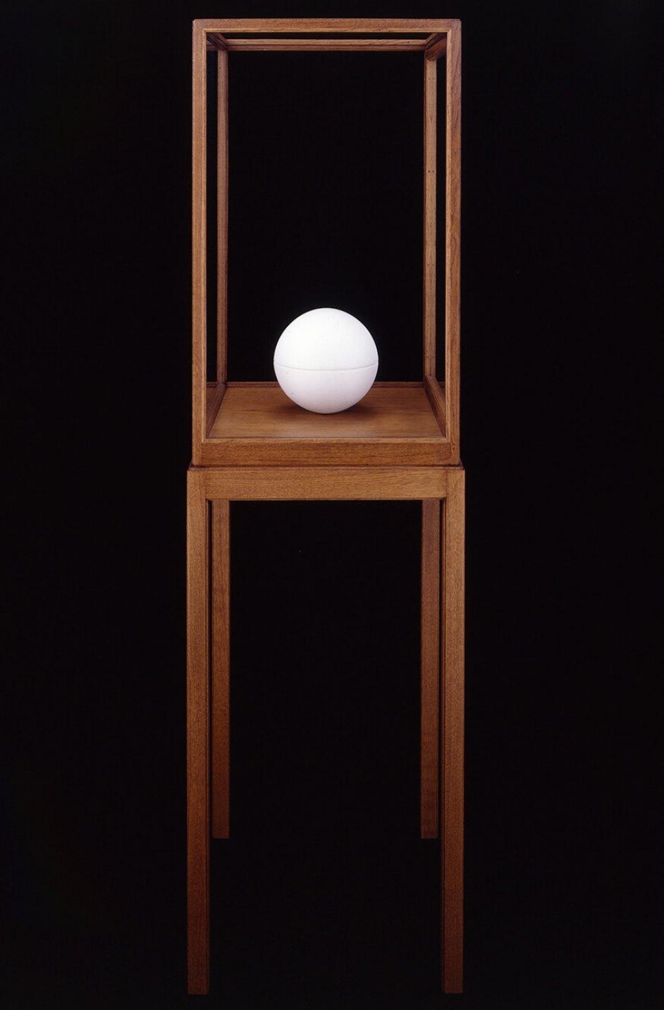 James Lee Byars<em>, The Spherical Book,</em>1989,marble,21 cm ø - Mendes Wood DM