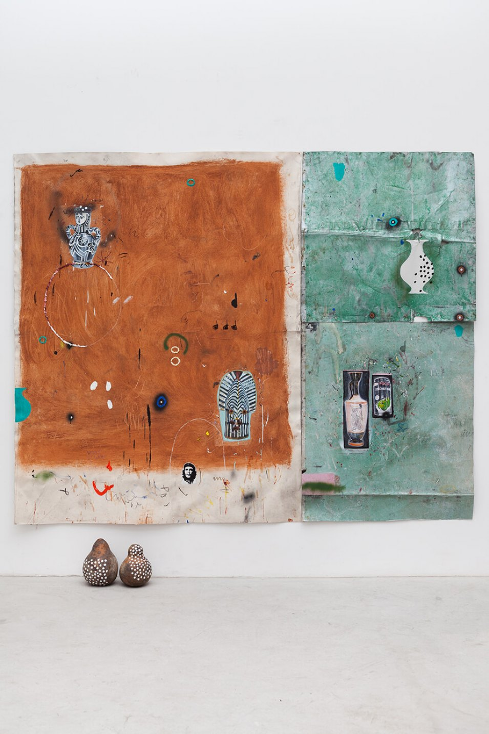 Paulo Nimer Pjota, <em>rammed earth facade part. II, lot of things, </em>2015, acrylic, oil, pencil, pen, charcoal, pastel and pigment on canvas, aluminum plate and gourd, 252 × 262,5 × 26 cm<br> - Mendes Wood DM