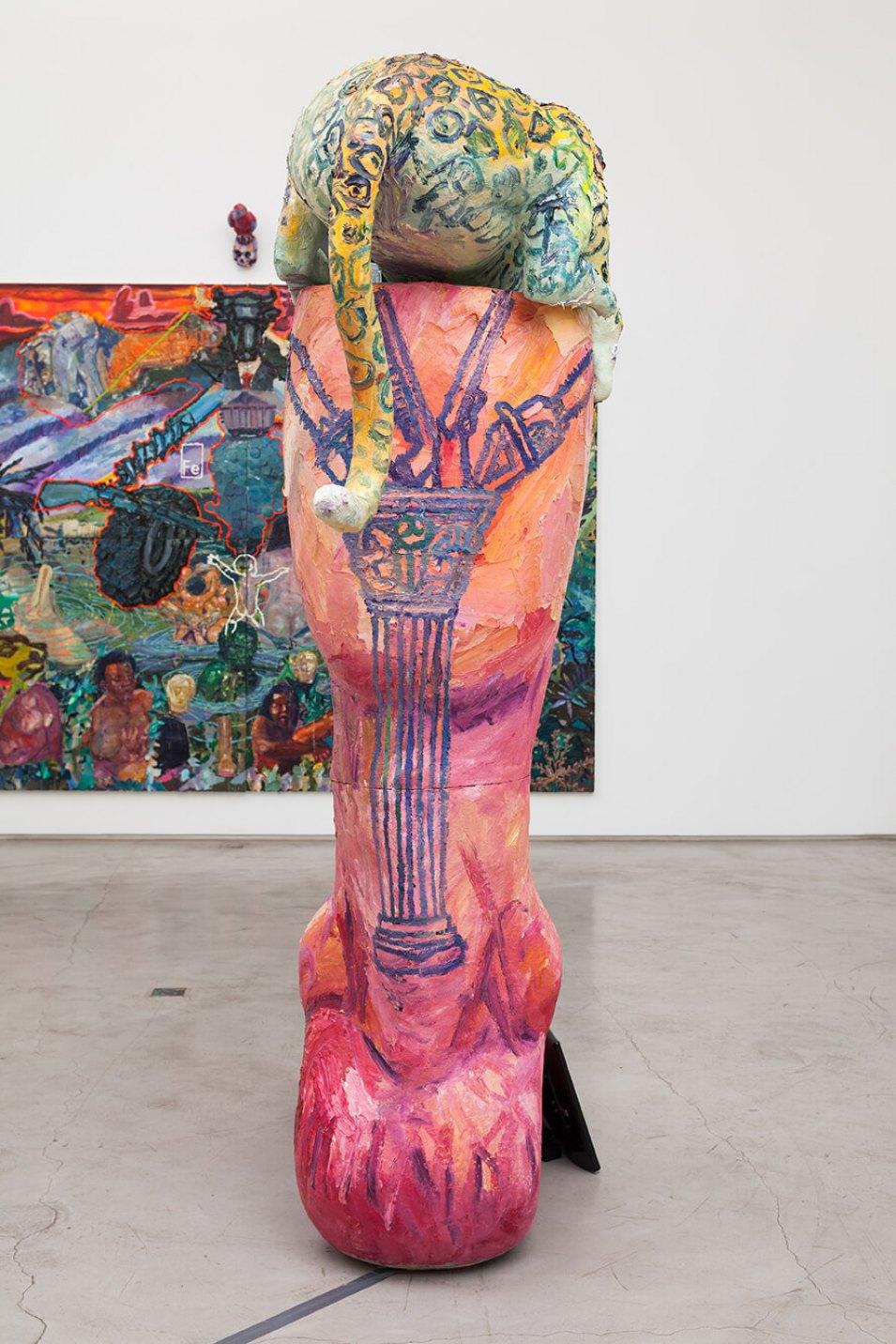 Thiago Martins de Melo,<em>Coluna que anda sobre garras</em>, 2016,oil on fiberglass with resin, polyurethane and two tv monitors with stop motion animation,245 × 197 × 70 cm - Mendes Wood DM