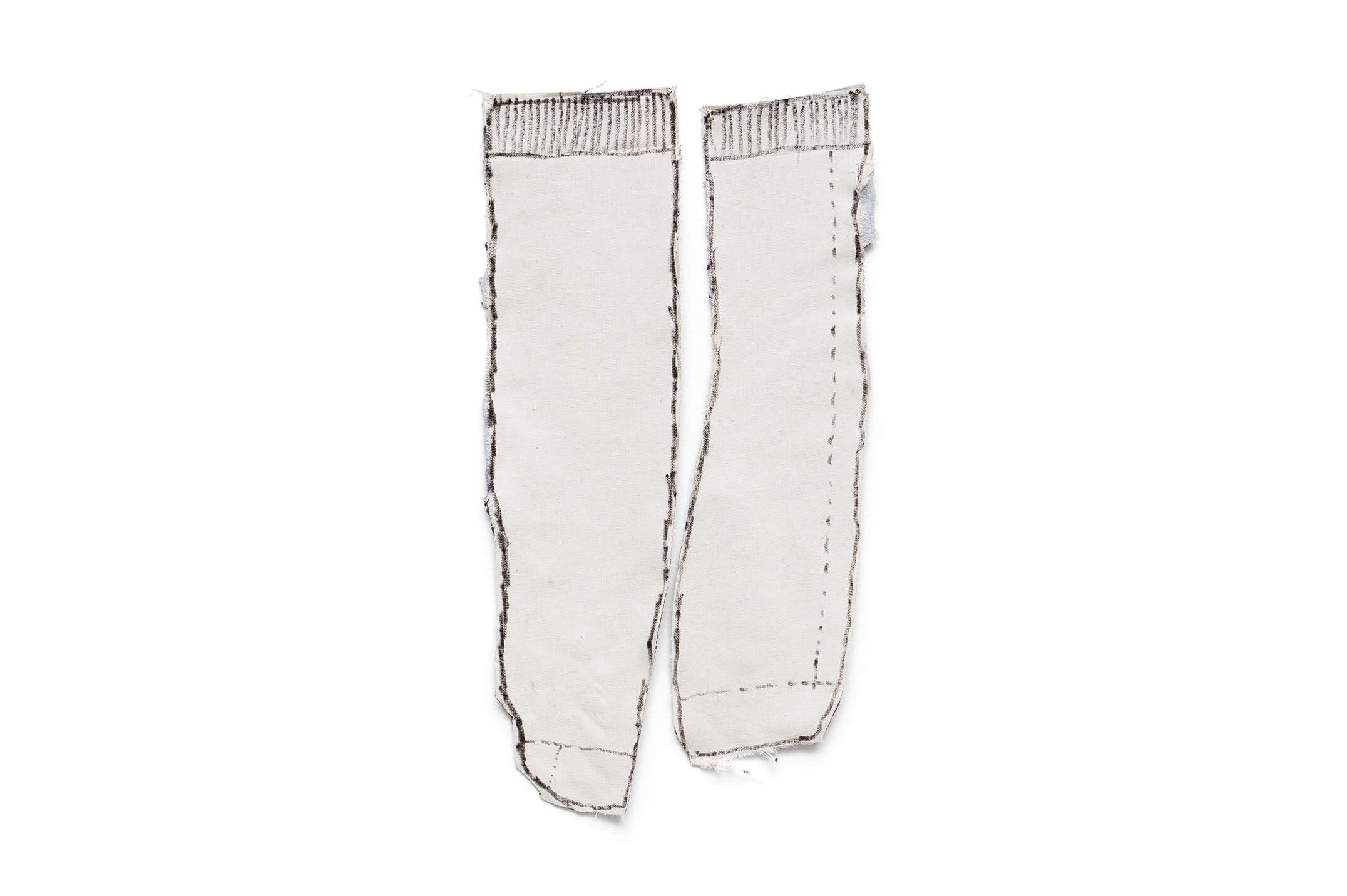 Adriano Costa,<em>A Pair of Socks</em>, 2015, pen on canvas, 38 × 20,5 cm - Mendes Wood DM
