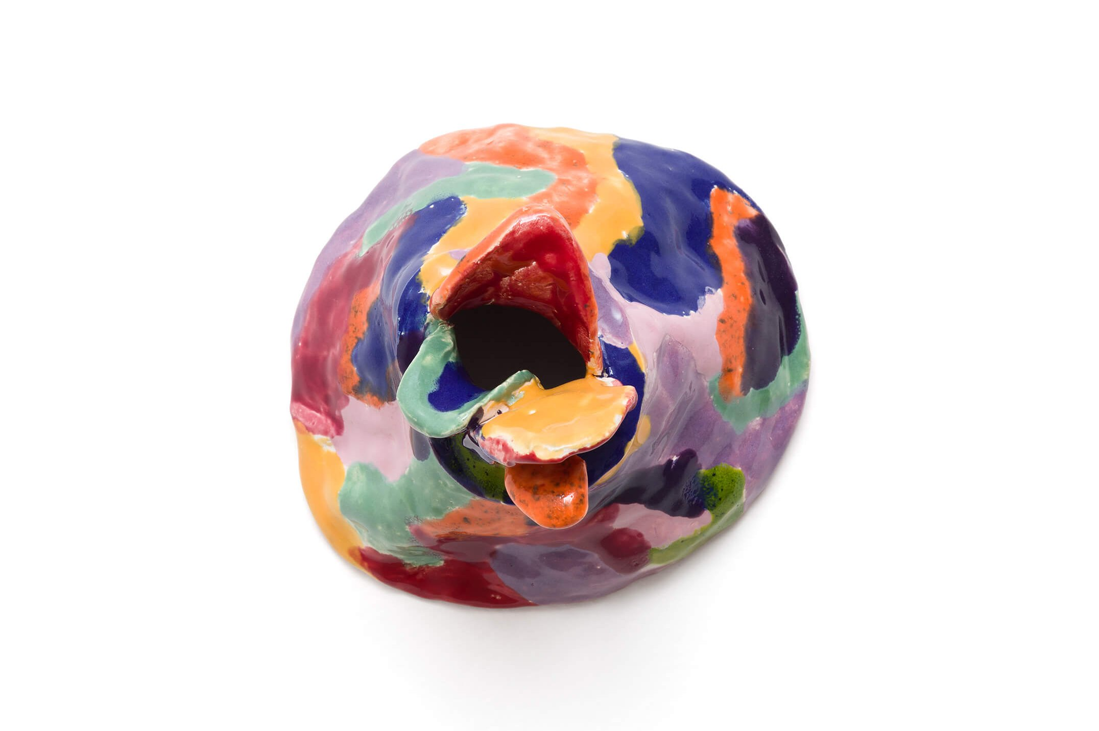 Cibelle Cavalli Bastos,<em>Linguardurx I</em>, 2016, enamelled ceramic, 17 × 17 × 15 cm - Mendes Wood DM