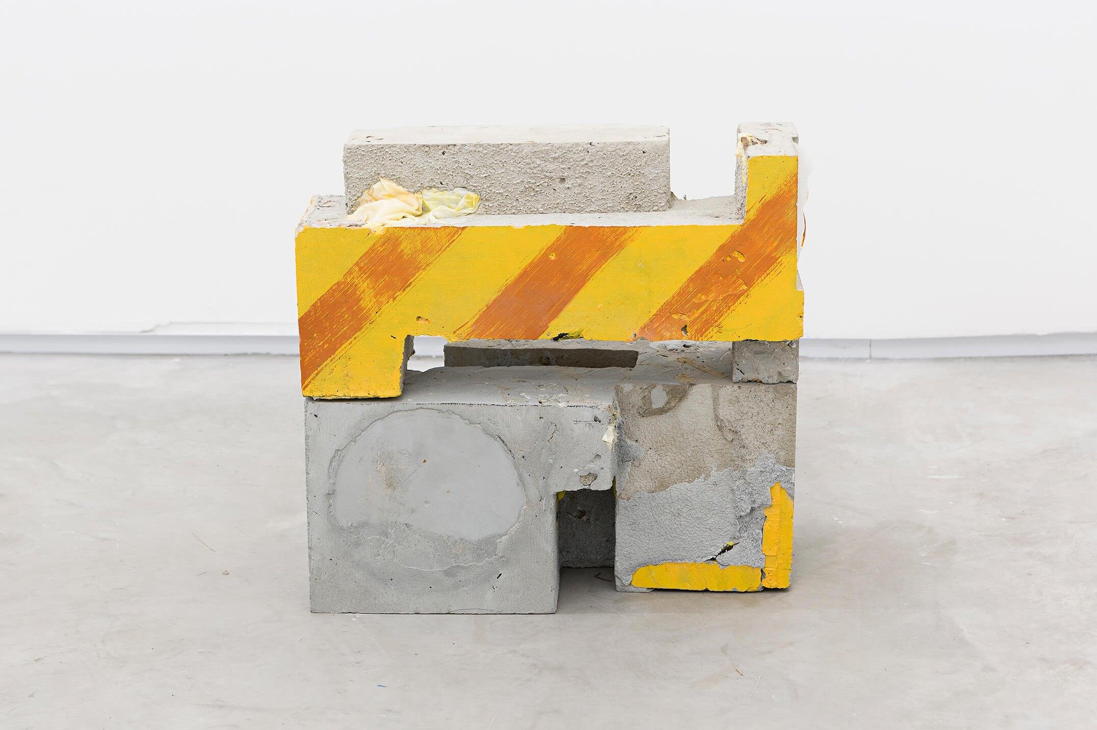 Allyson Vieira, <em>Block 7, Block 11</em>, 2015, concrete, <em>Worker</em> scraps, concrete blocks, 39 × 34 × 19 cm - Mendes Wood DM
