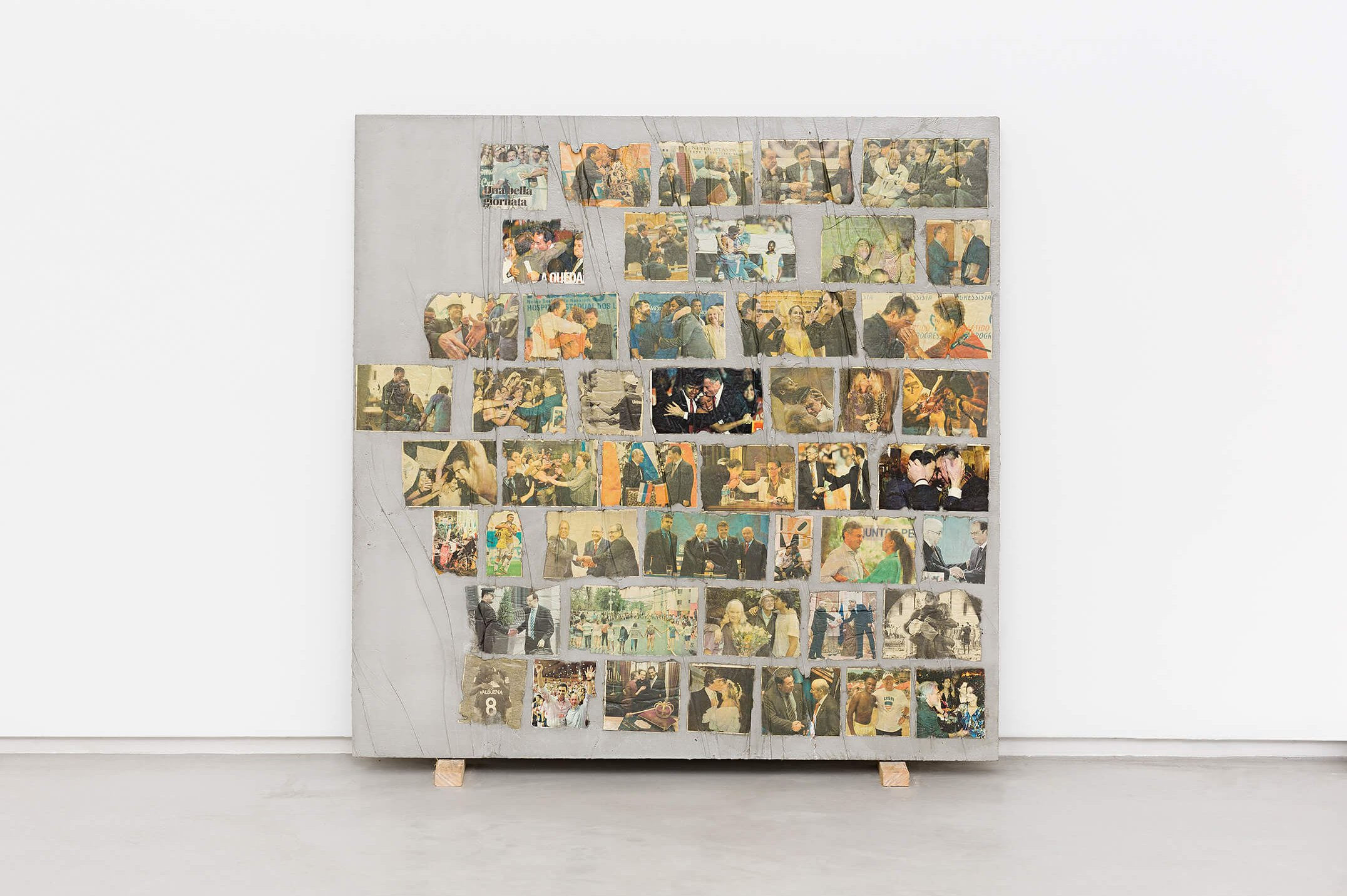 Matheus Rocha Pitta, <em>Décimo Sétimo Acordo</em>, 2013, concrete and paper, 100 × 100 × 3 cm - Mendes Wood DM