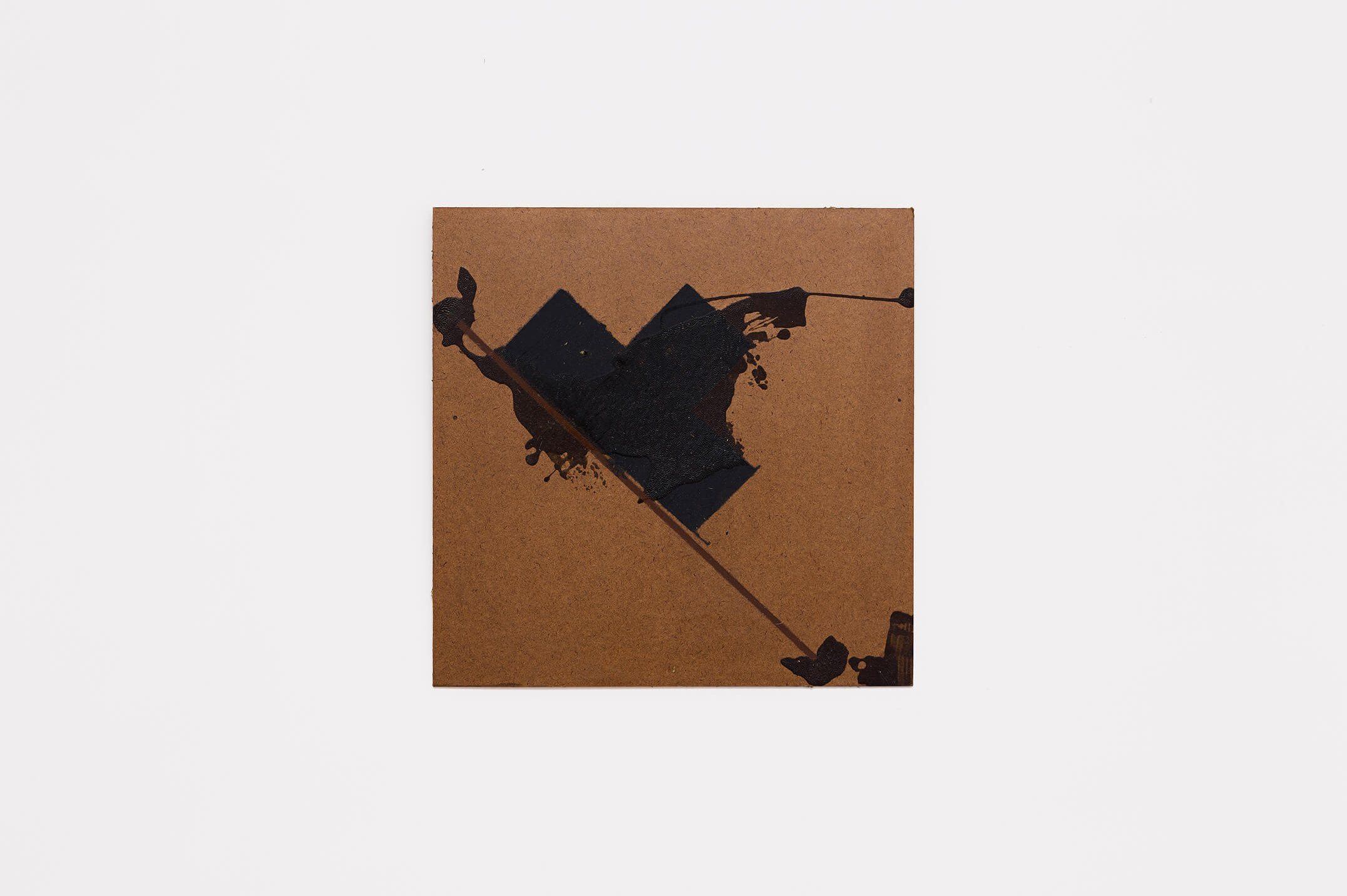 Deyson Gilbert,<em>untitled</em>, 2014,synthetic enamel on wood, 39 ×38 cm - Mendes Wood DM