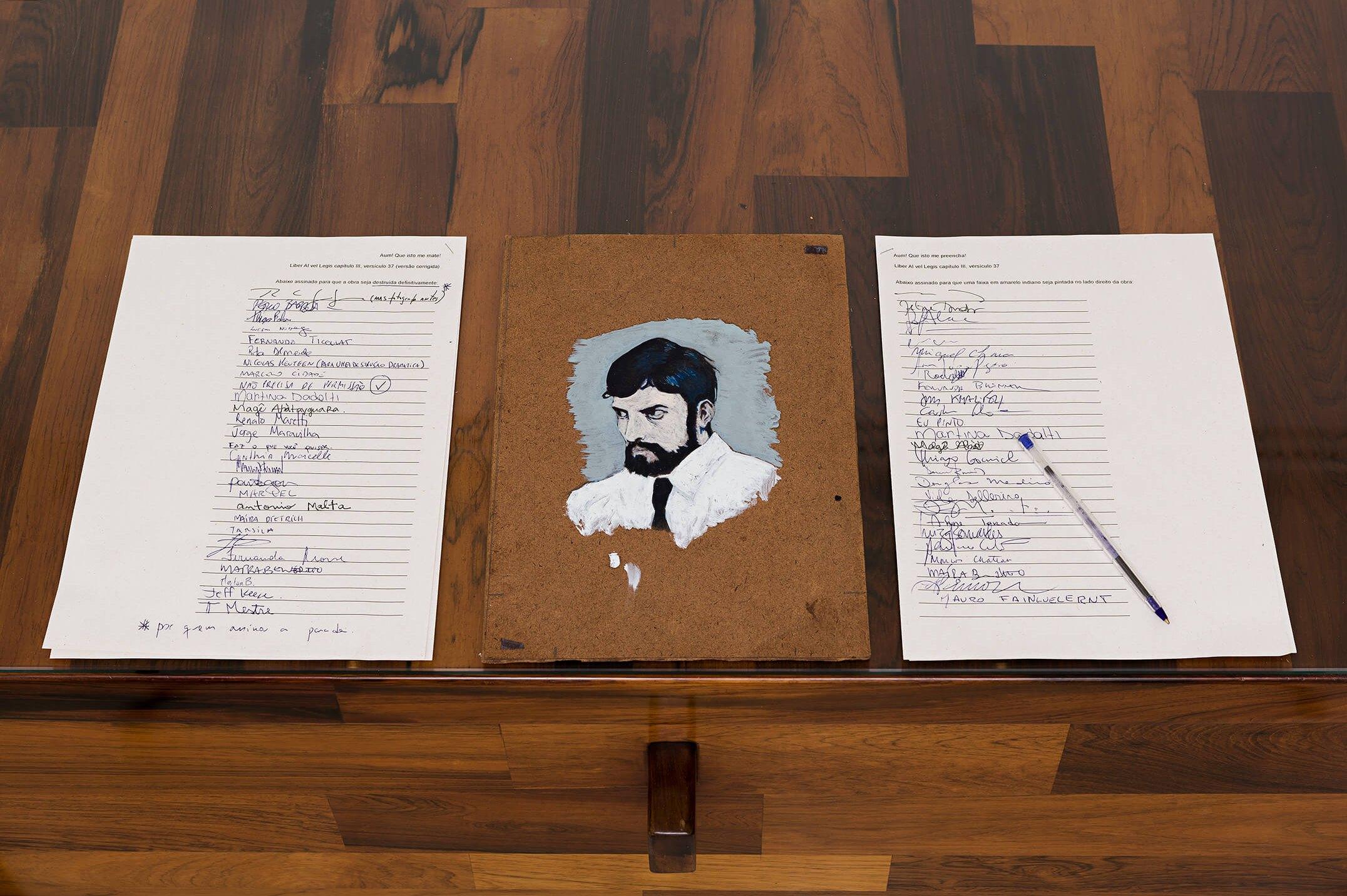 Deyson Gilbert,<em>abaixo assinado com o retrato do jovem A. Crowley</em>,2014,oil on wood and undersigneds, 29,5 × 21 cm - Mendes Wood DM