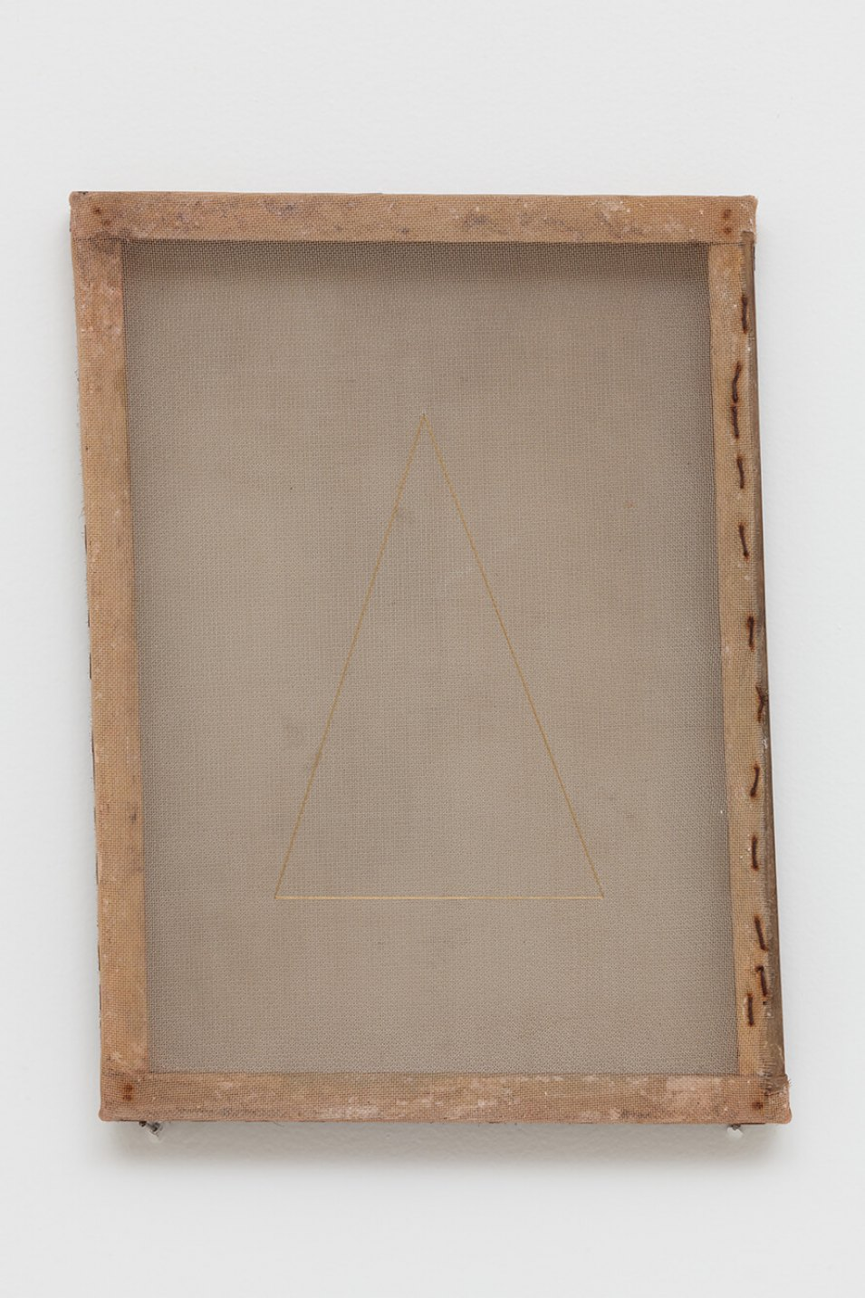 Paloma Bosquê,<em>Delta</em>, 2015/2016, translucent canvas, wire mesh and lurex threads, 38 × 28 cm - Mendes Wood DM